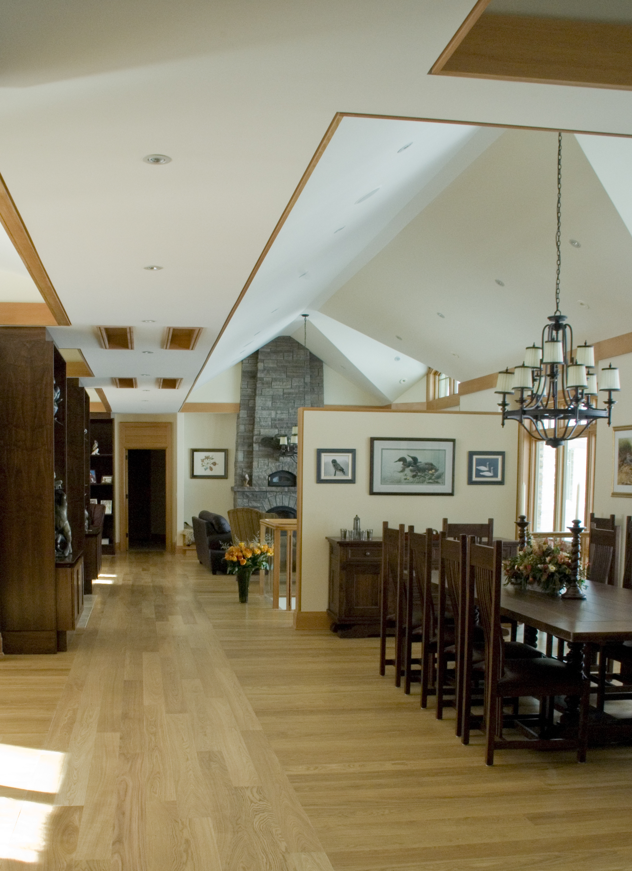 08 Interior.jpg