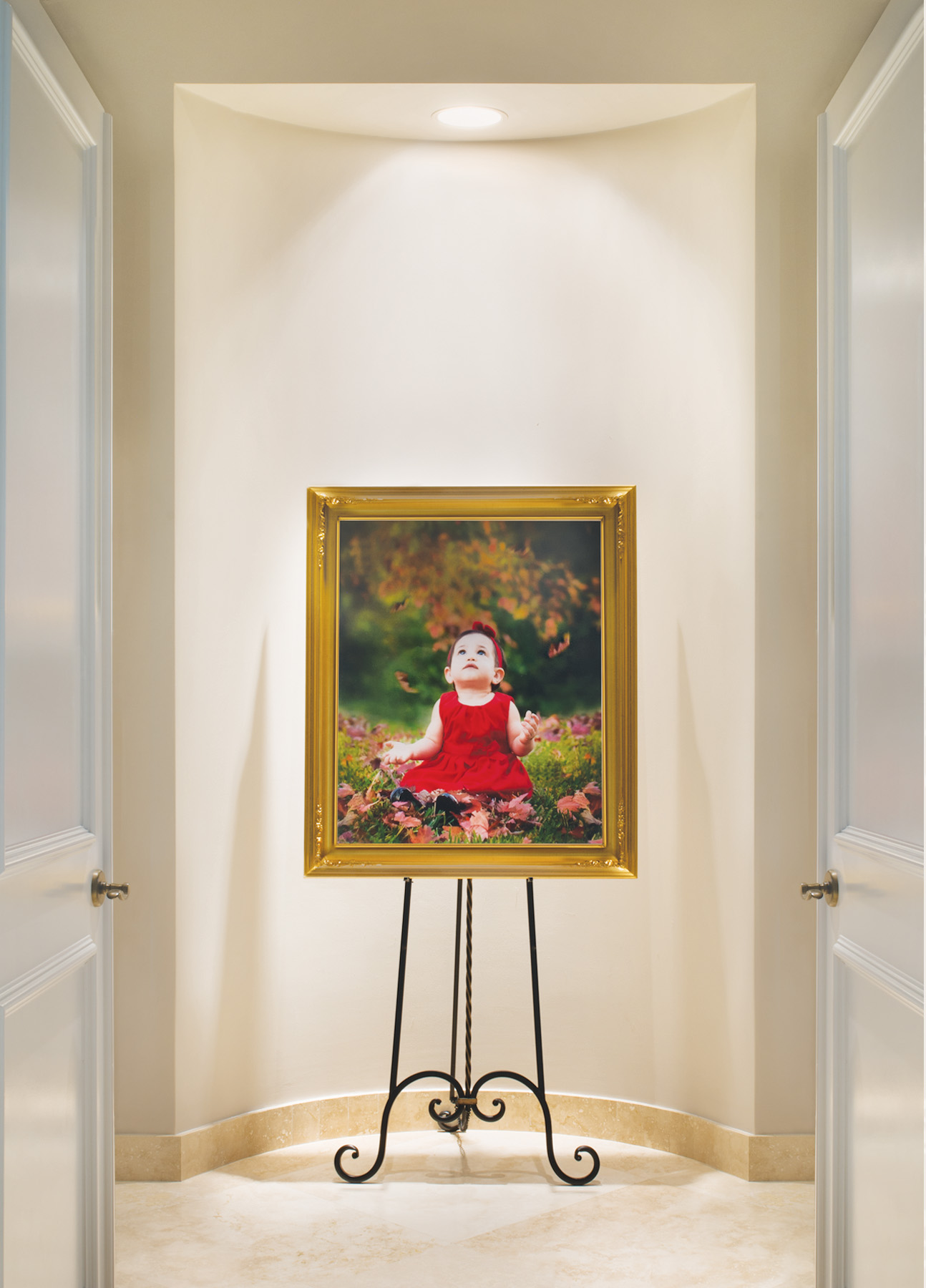 IMPACT - Fine Art Portraits are natural focal points. We carefully select your Family's Portrait placement and design elements–theme, style, color scheme, finish, size and frame- to attain visual impact and perfect integration with your décor.
