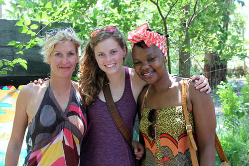 Eve Perrins (left), the author (center), and Thembisa Jordaan (right).  Photo: Ally Stocks/Project Seahorse