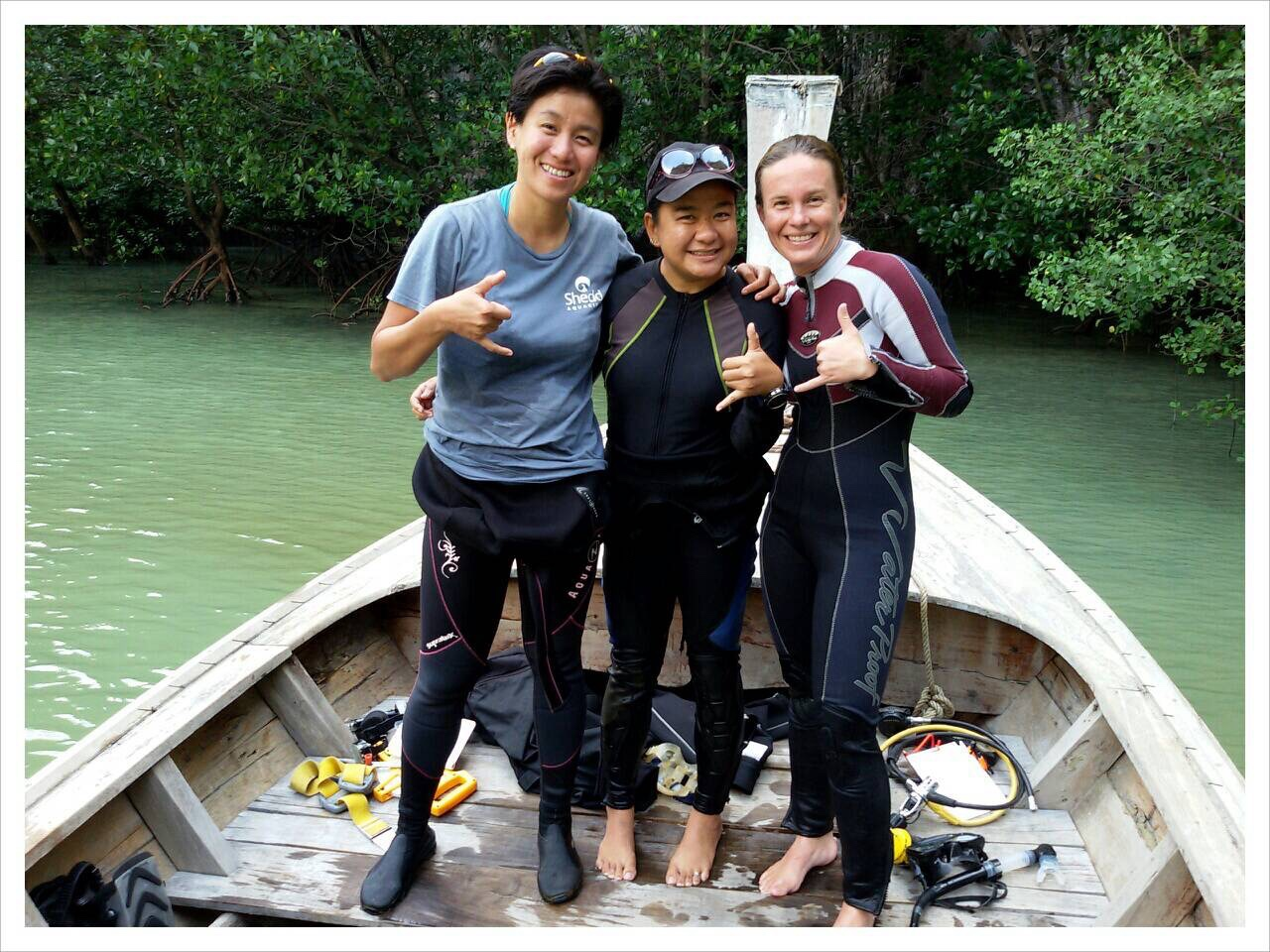 No research is complete without a research team. Here are Dr. Tse-Lynn Loh, assistant Top, and myself in between dives. We worked together to search for seahorses underwater in Thailand and also created the facebook page iSeahorse Thailand, which encourages divers to share seahorse sightings online. Dr. Loh loves durian, Top is a vegetarian, and my favorite Thai meal is breakfast : )