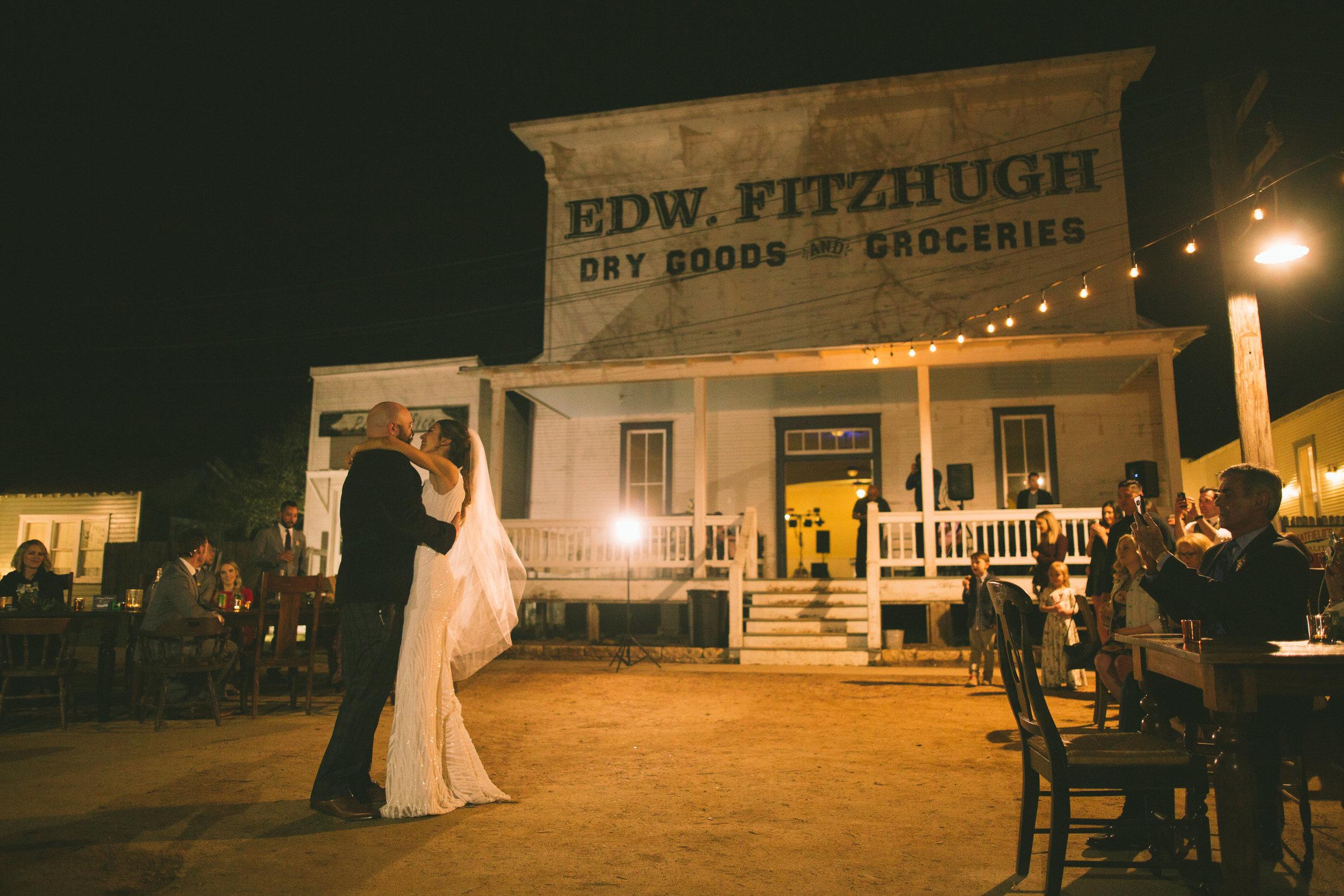 Sarah and Micheal Wedding Photos-Reception-0015.jpg