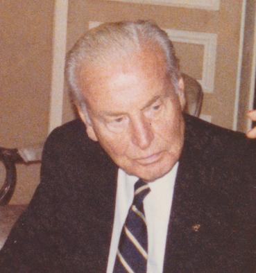 Walter Hoving