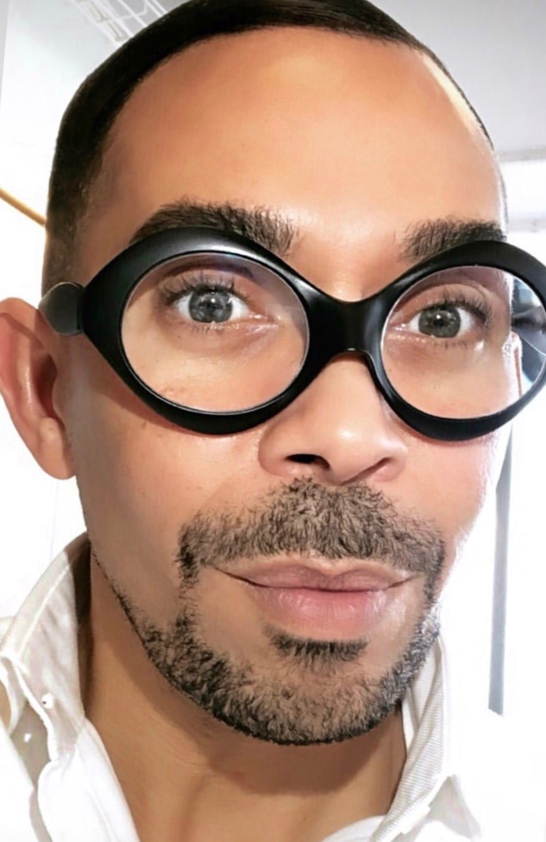 Romero - Jennings is the Director of Makeup, M·A·C Cosmetics. Follow him here!