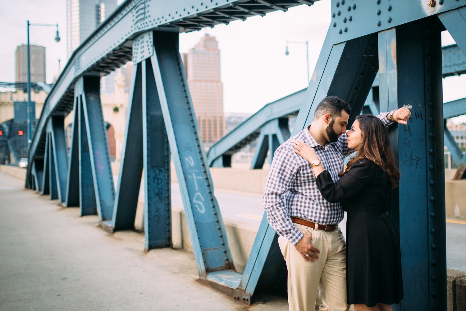 Ashley-reed-photography-pittsburgh-engagement-engagementphotography-engagementphotographer-stationsquare-statio-square-pittsburghengagementphotography-27.jpg