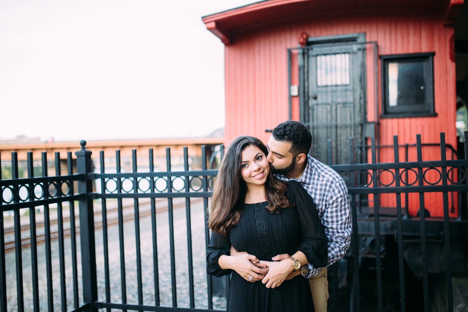 Ashley-reed-photography-pittsburgh-engagement-engagementphotography-engagementphotographer-stationsquare-statio-square-pittsburghengagementphotography-15.jpg
