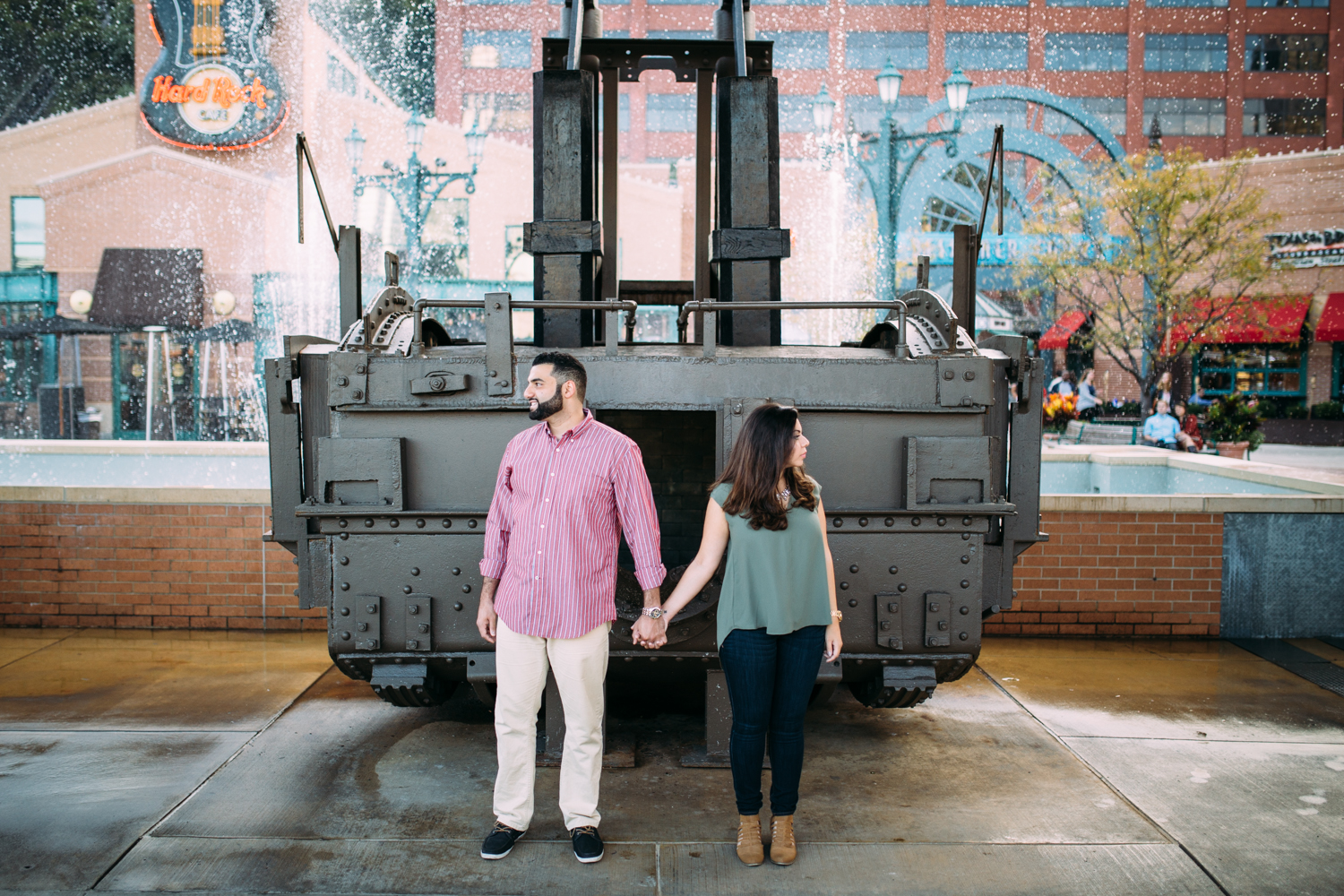Ashley-reed-photography-pittsburgh-engagement-engagementphotography-engagementphotographer-stationsquare-statio-square-pittsburghengagementphotography-10.jpg