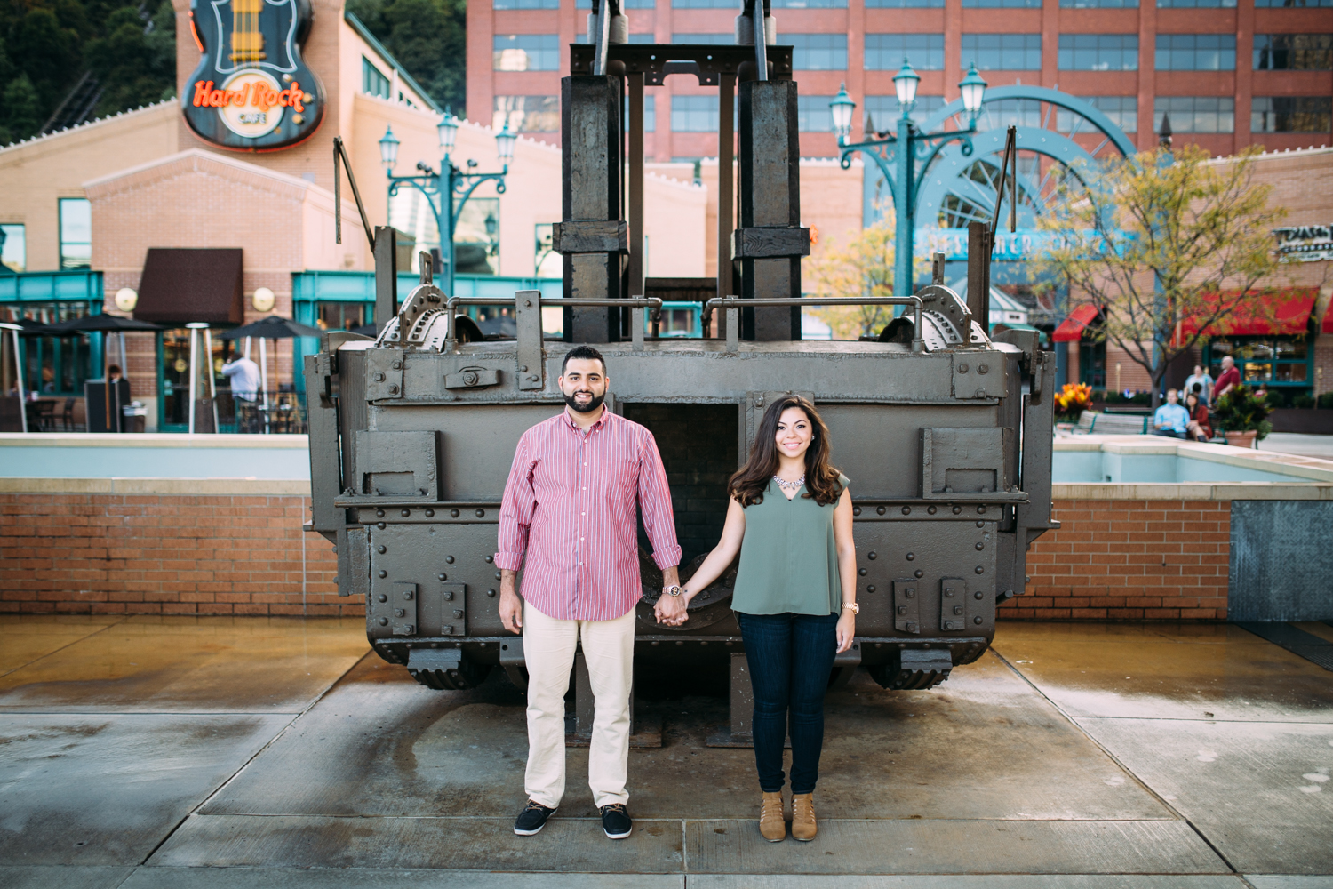 Ashley-reed-photography-pittsburgh-engagement-engagementphotography-engagementphotographer-stationsquare-statio-square-pittsburghengagementphotography-8.jpg