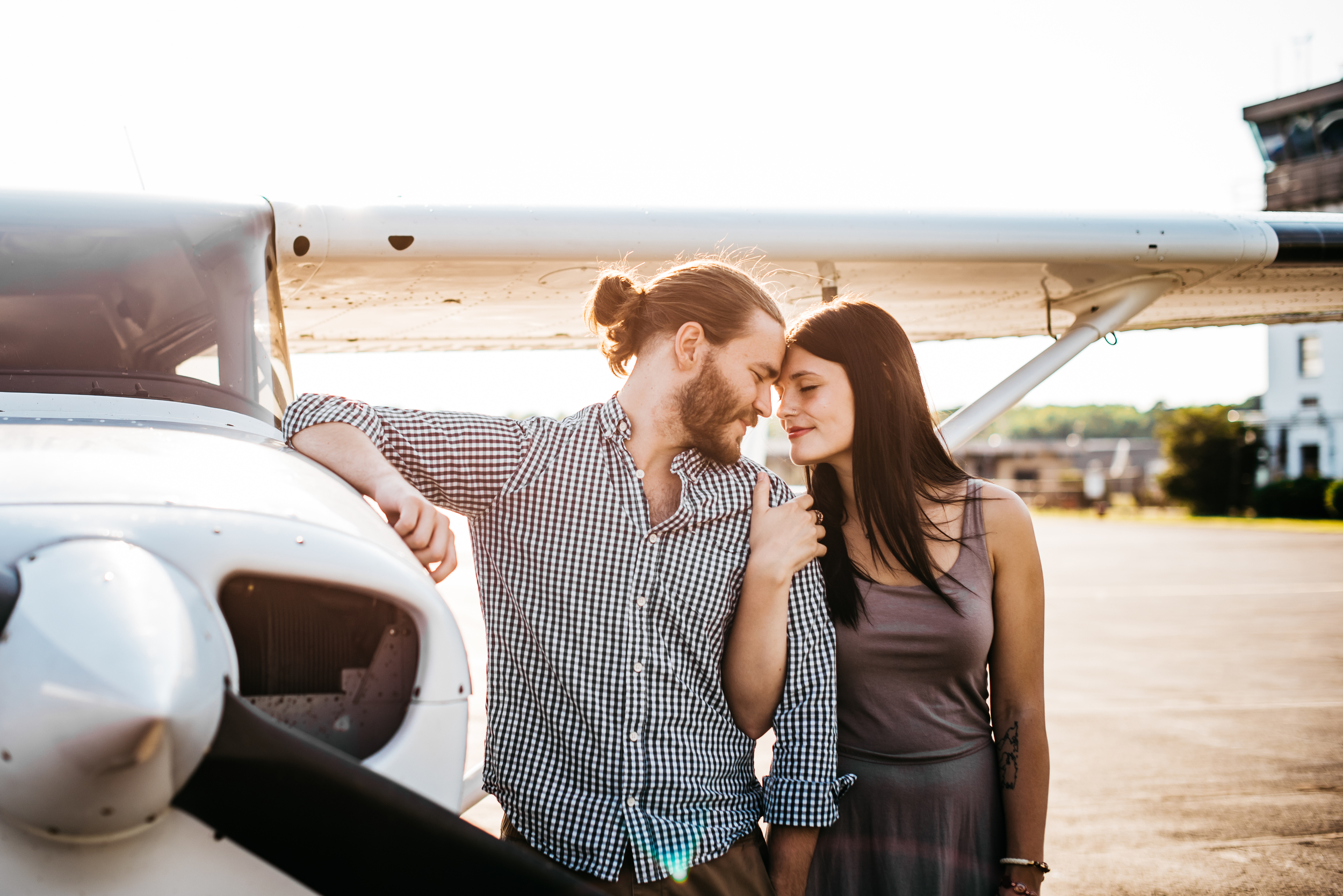 Pittsburgh_airplane_engagement_session006.jpg