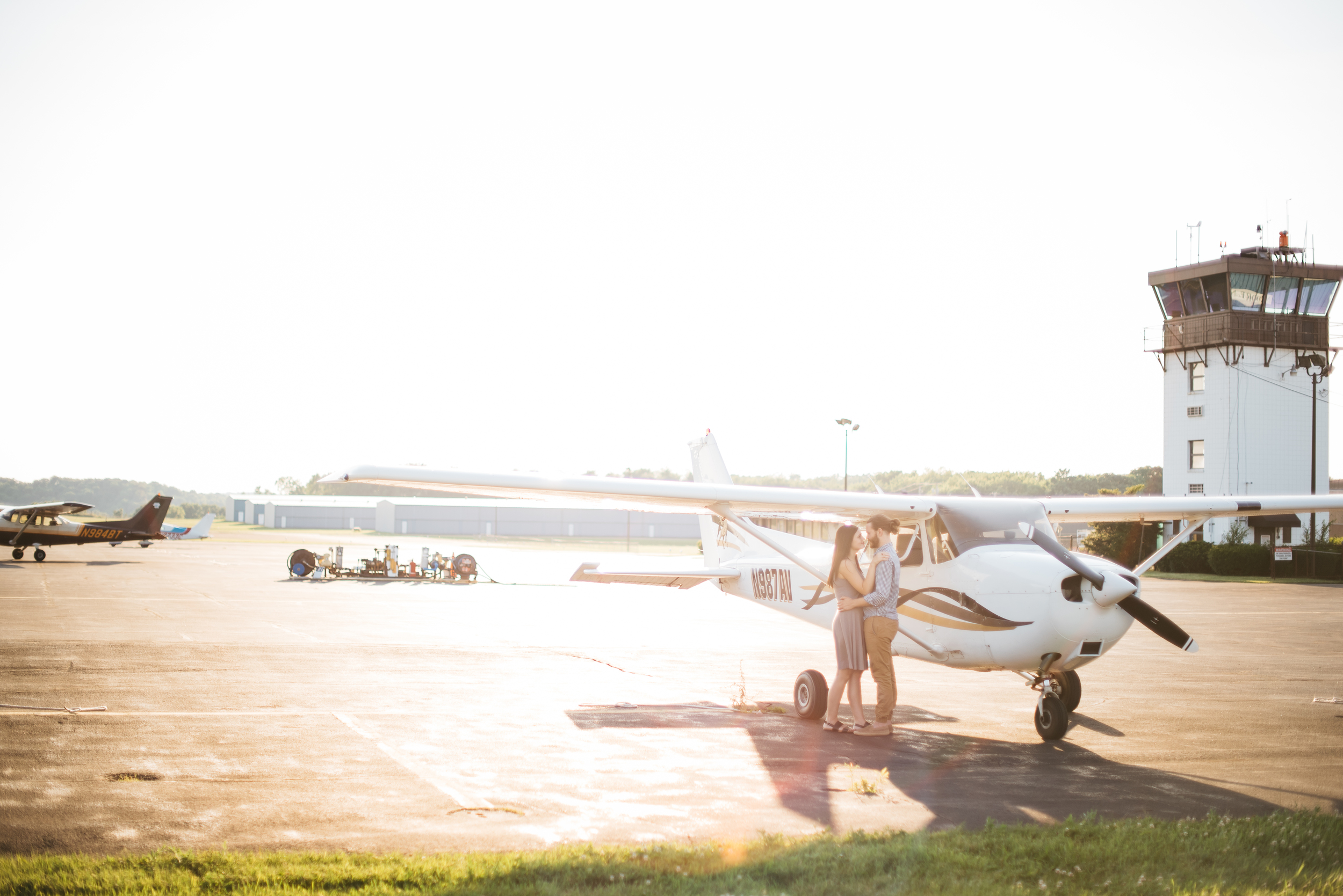 Pittsburgh_airplane_engagement_session032.jpg