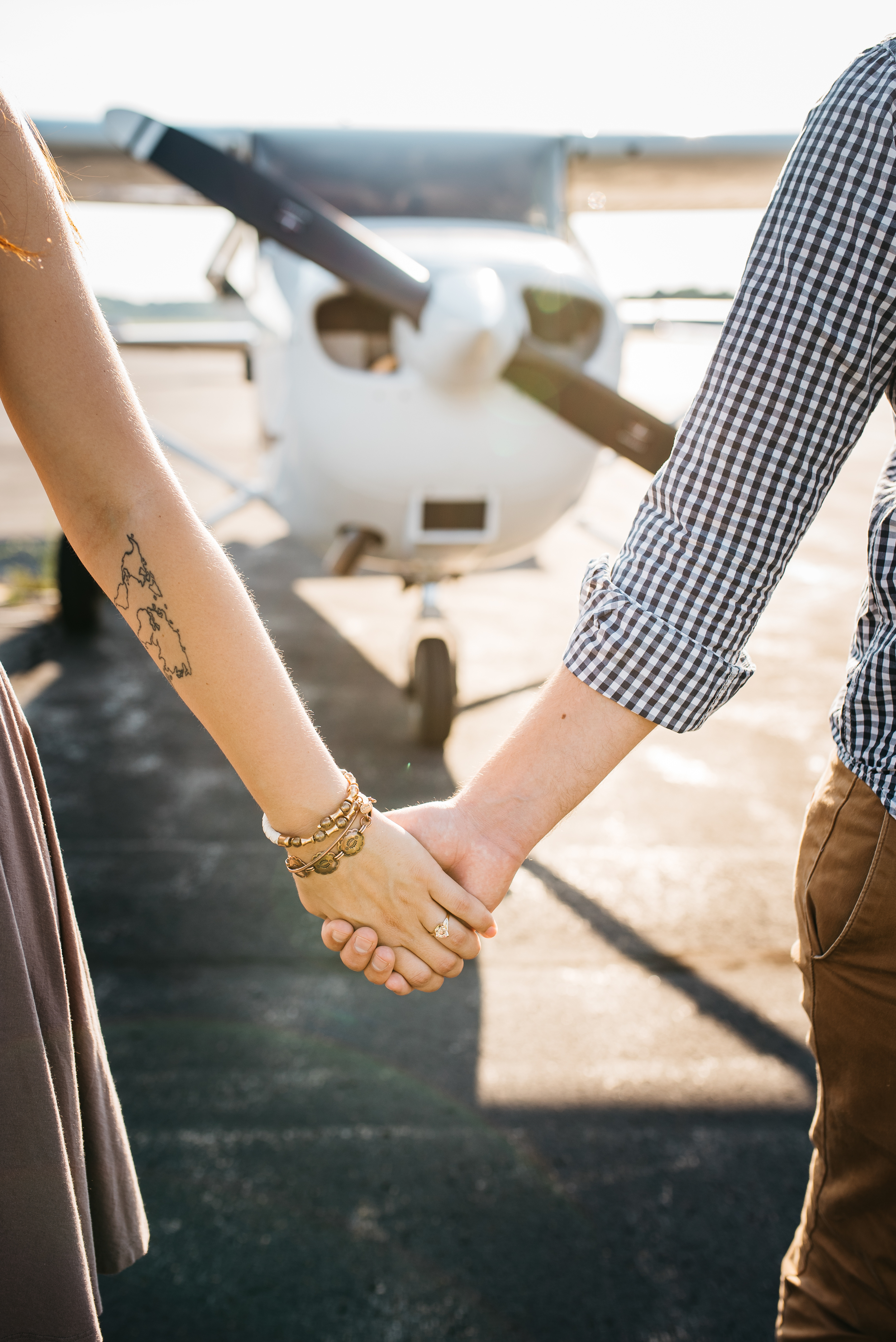 Pittsburgh_airplane_engagement_session040.jpg