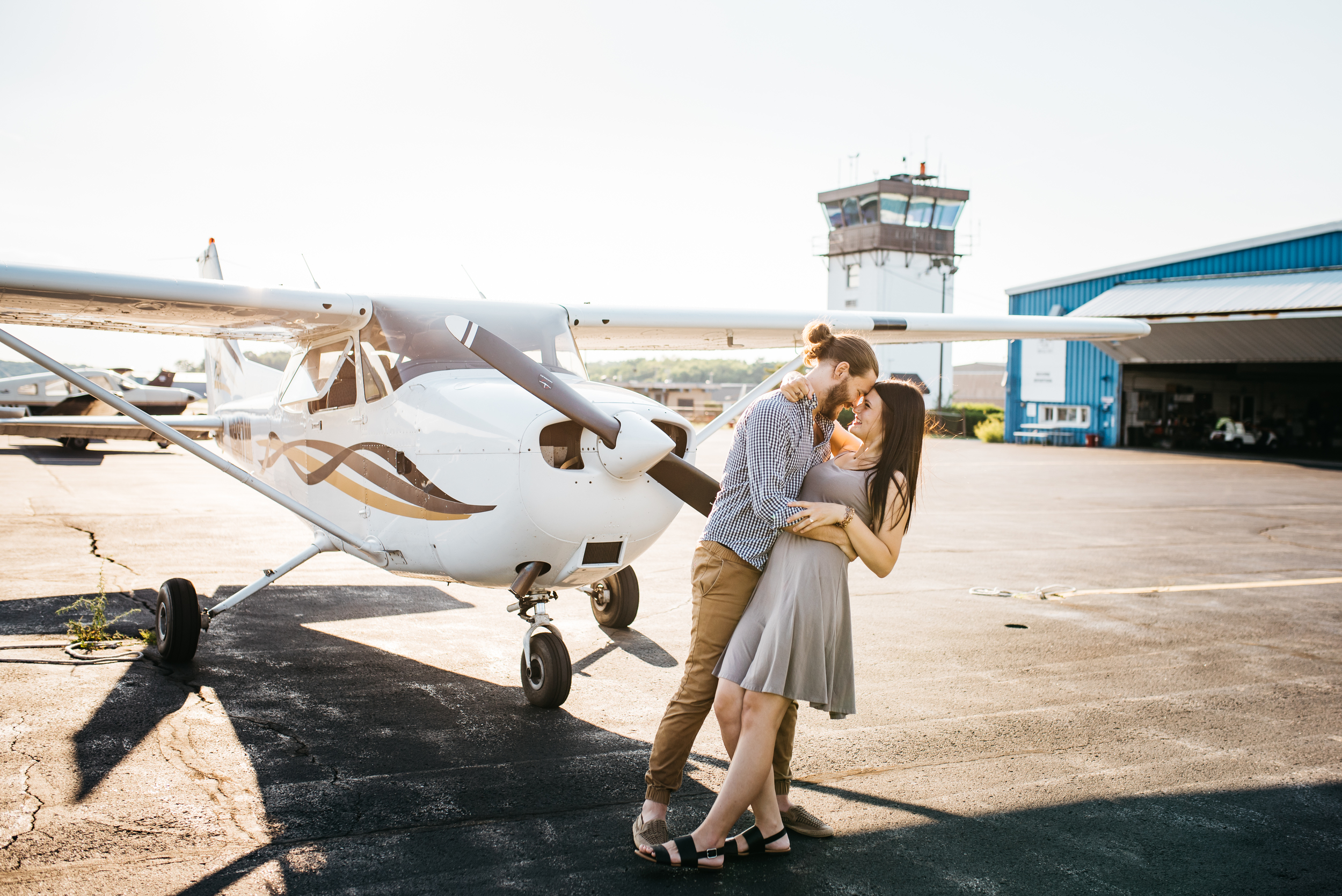 Pittsburgh_airplane_engagement_session042.jpg