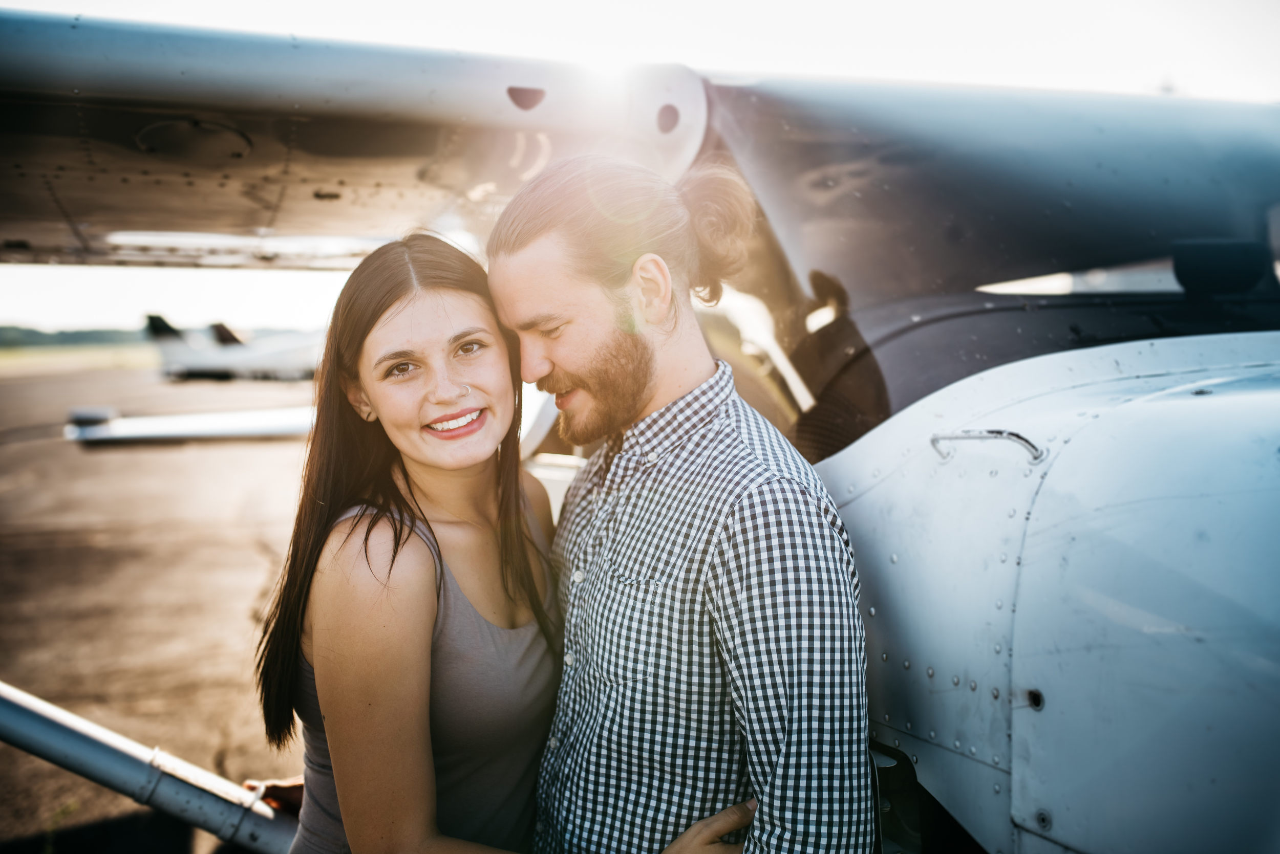 Pittsburgh_airplane_engagement_session048.jpg