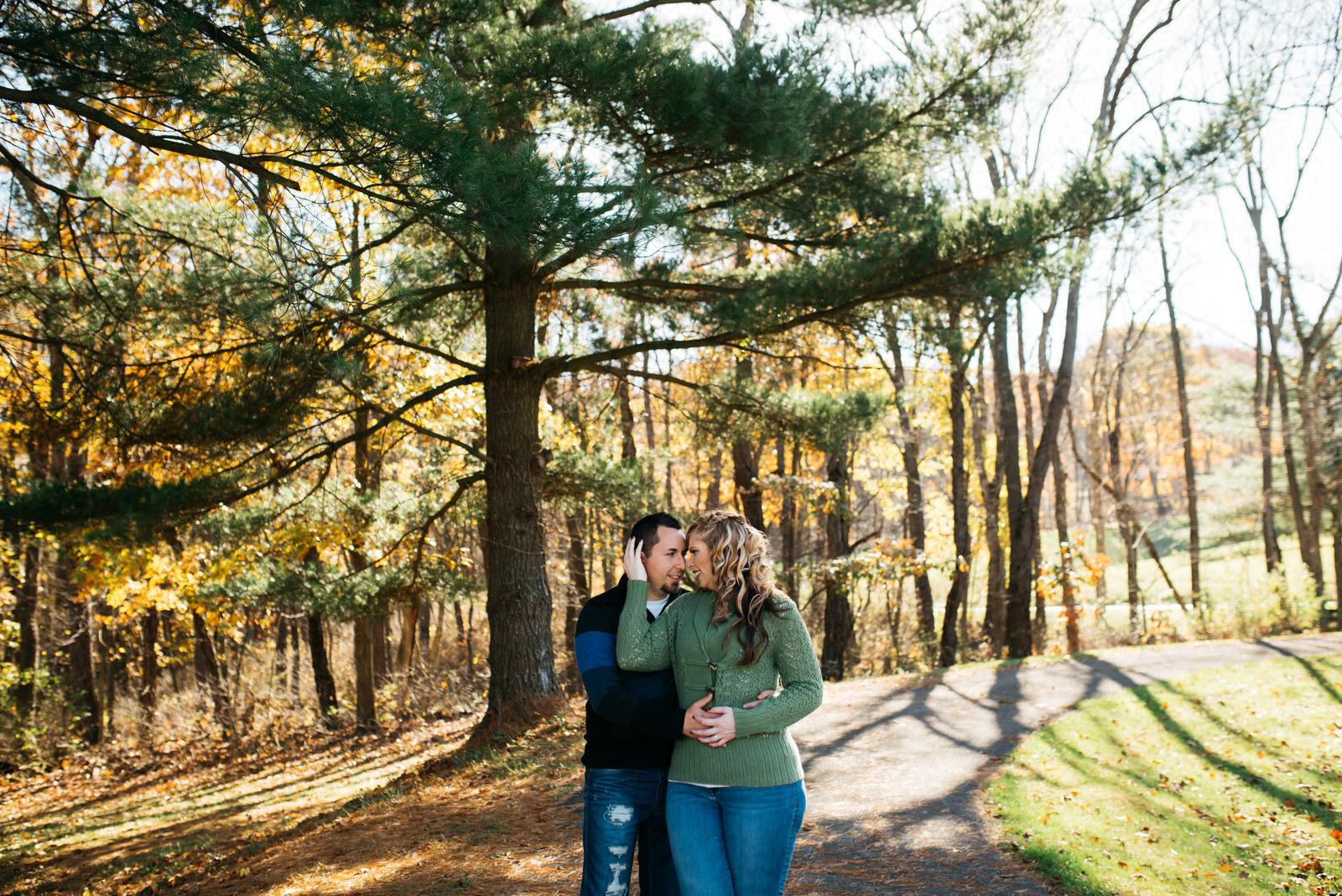 bradys-run-park-engagement-photo-037.jpg
