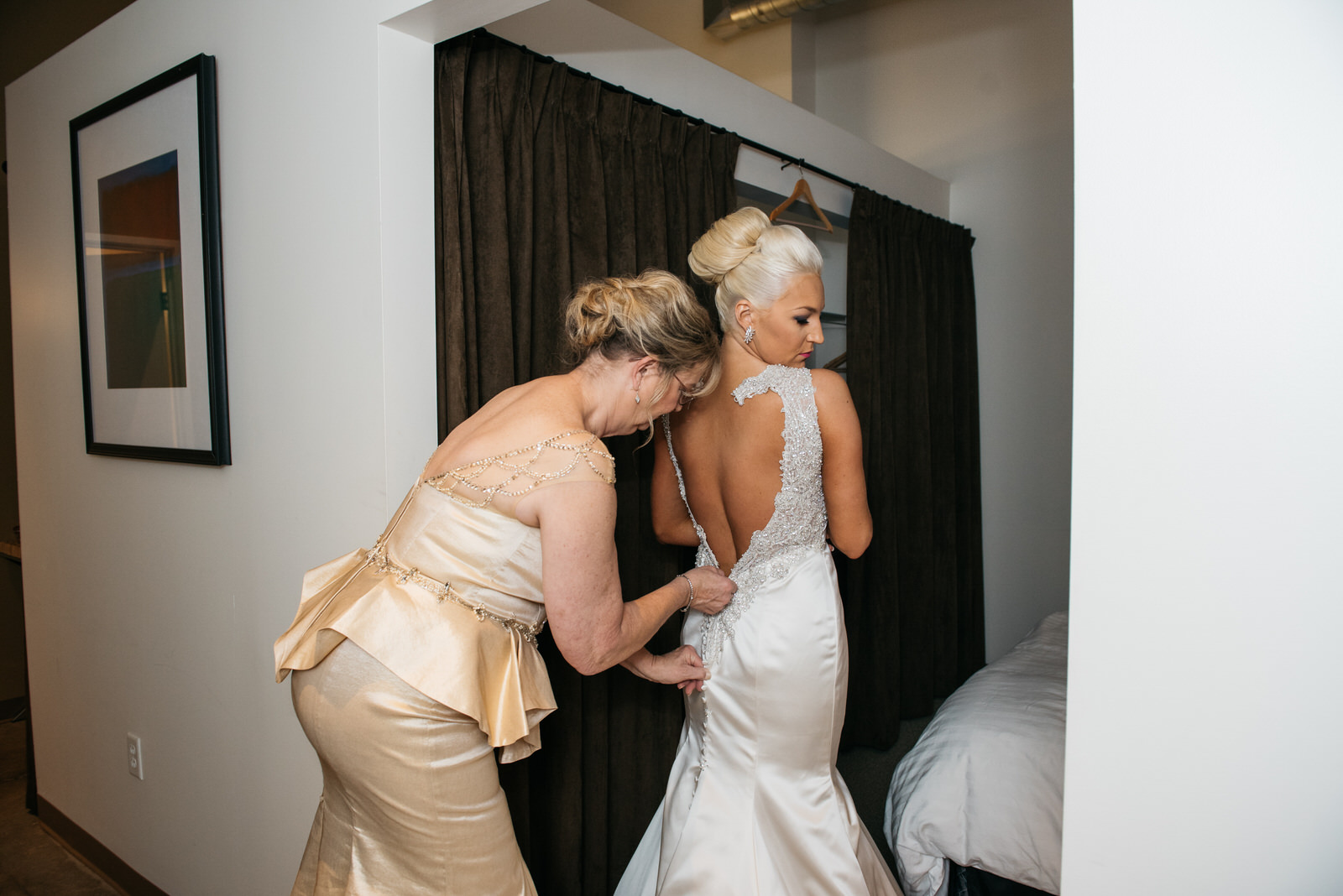 hilton_garden_inn_southpointe_pittsburgh_weddings_24.jpg
