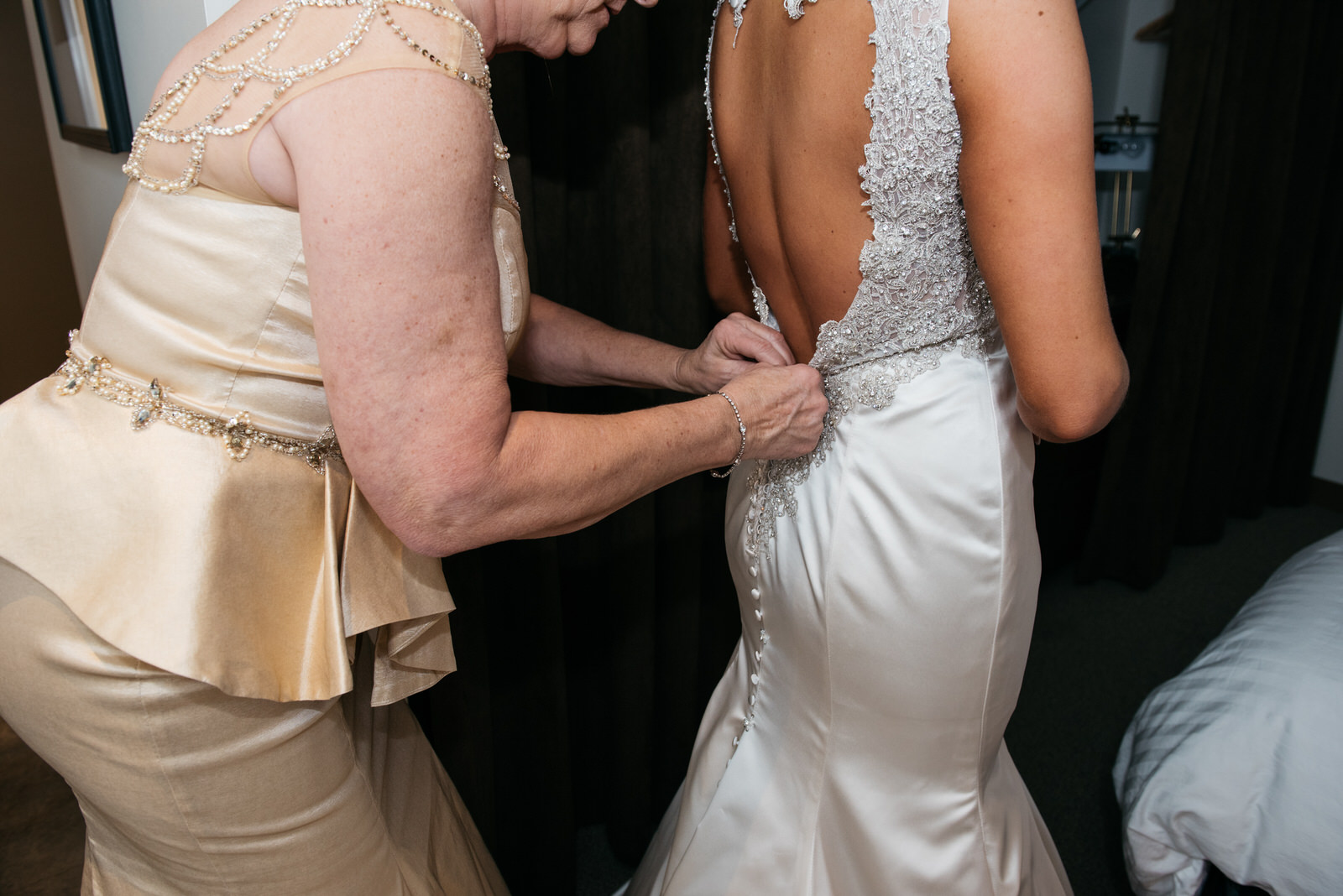 hilton_garden_inn_southpointe_pittsburgh_weddings_25.jpg