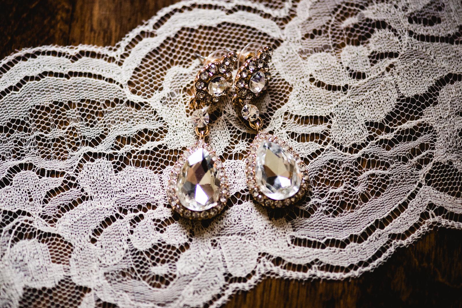 Laube_Banquet_Hall__Wedding_Photos_029.jpg