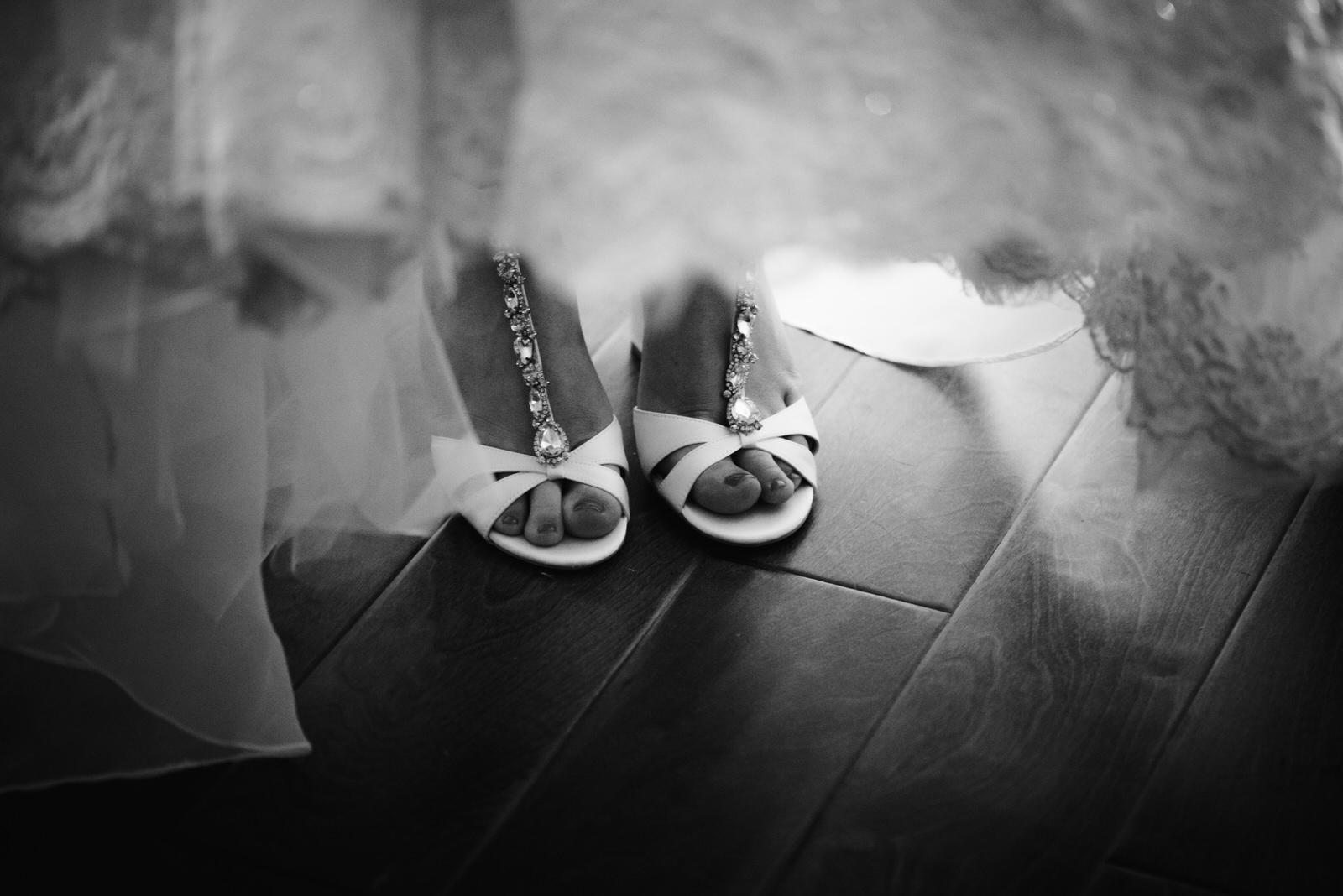 Laube_Banquet_Hall__Wedding_Photos_041.jpg