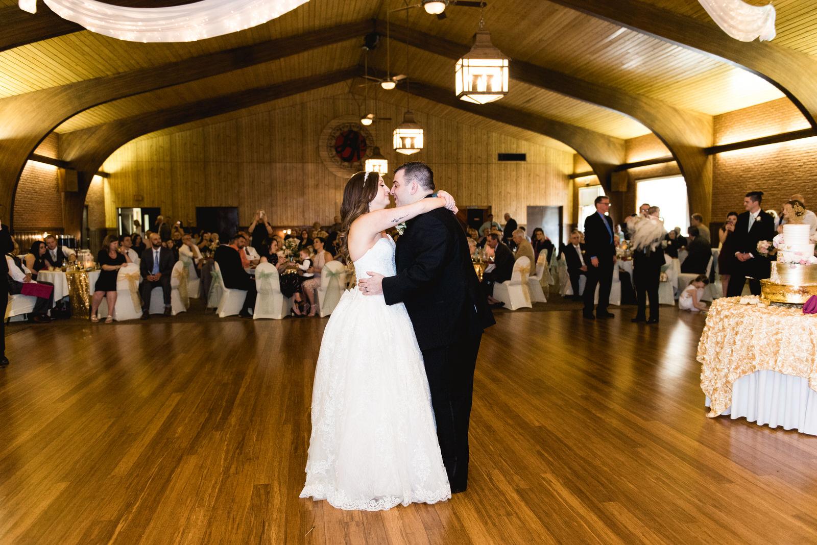 Laube_Banquet_Hall__Wedding_Photos_072.jpg
