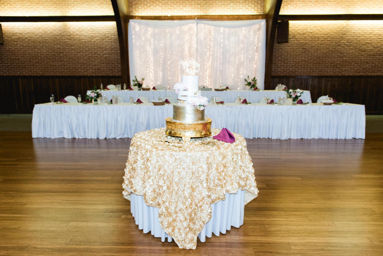 Laube_Banquet_Hall__Wedding_Photos_070.jpg
