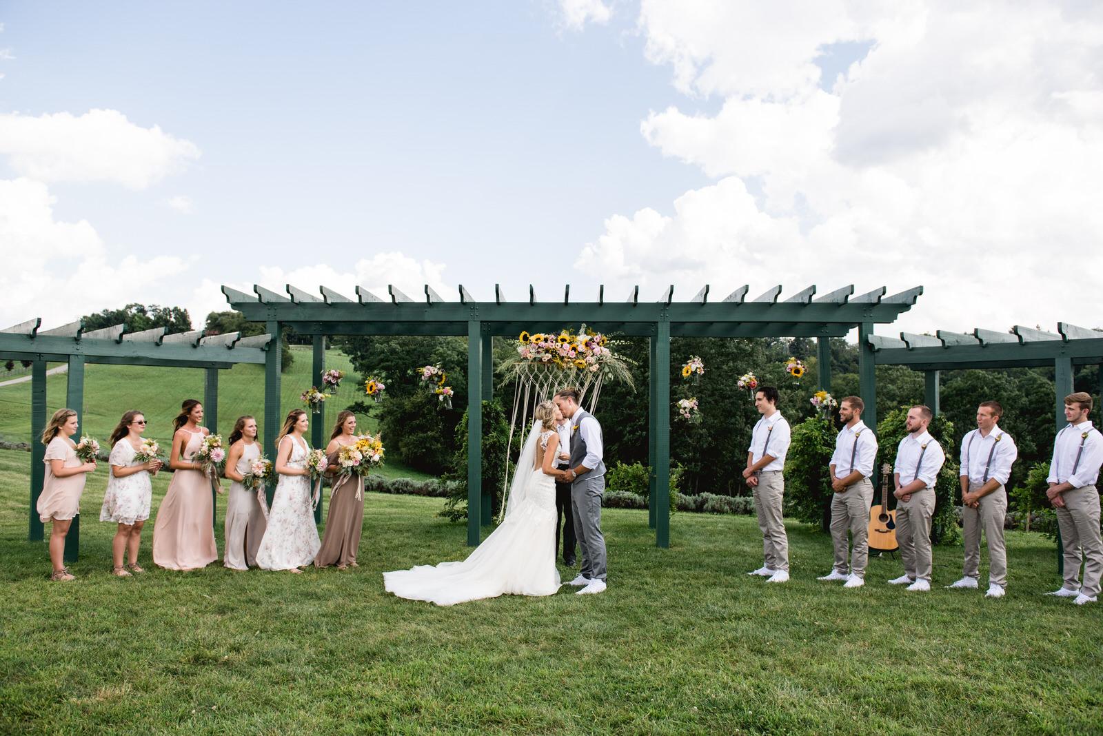 destiny-hill-farm-wedding-photos-pittsburgh-wedding-photographers-42.jpg