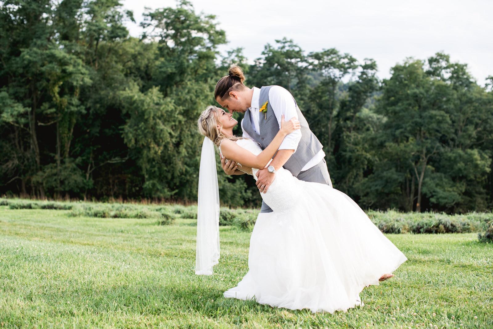 destiny-hill-farm-wedding-photos-pittsburgh-wedding-photographers-63.jpg