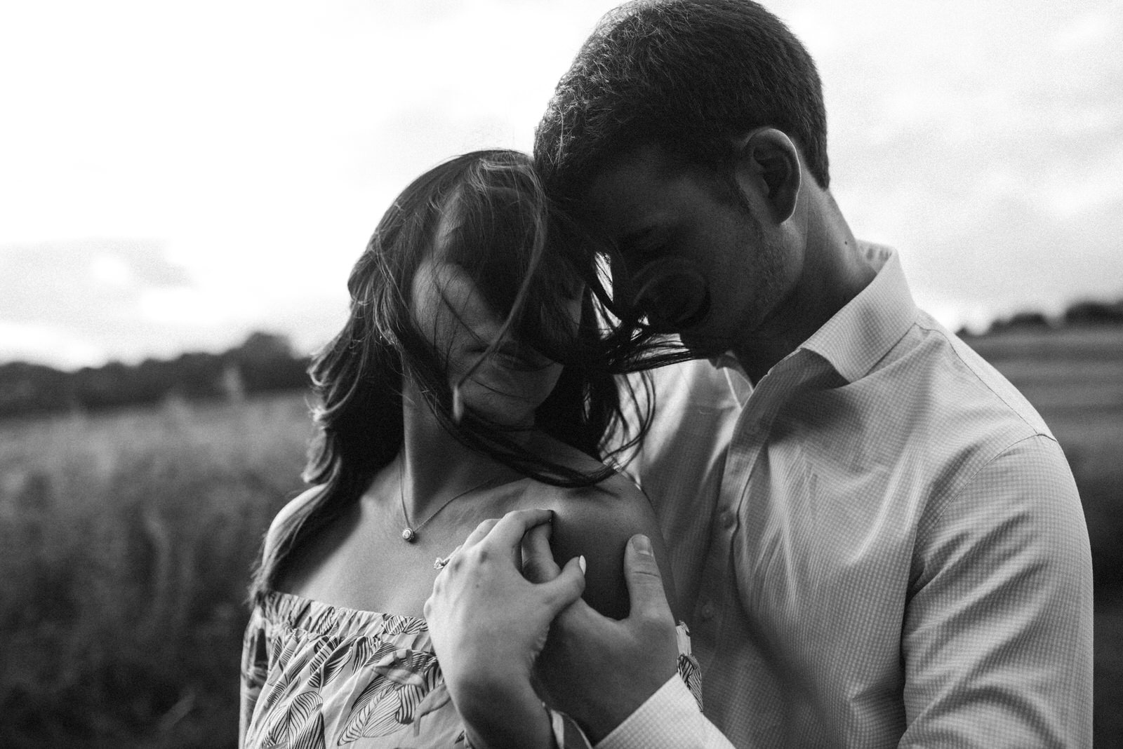 engagement_field_session_western_pa_engagement_photographer_007.jpg
