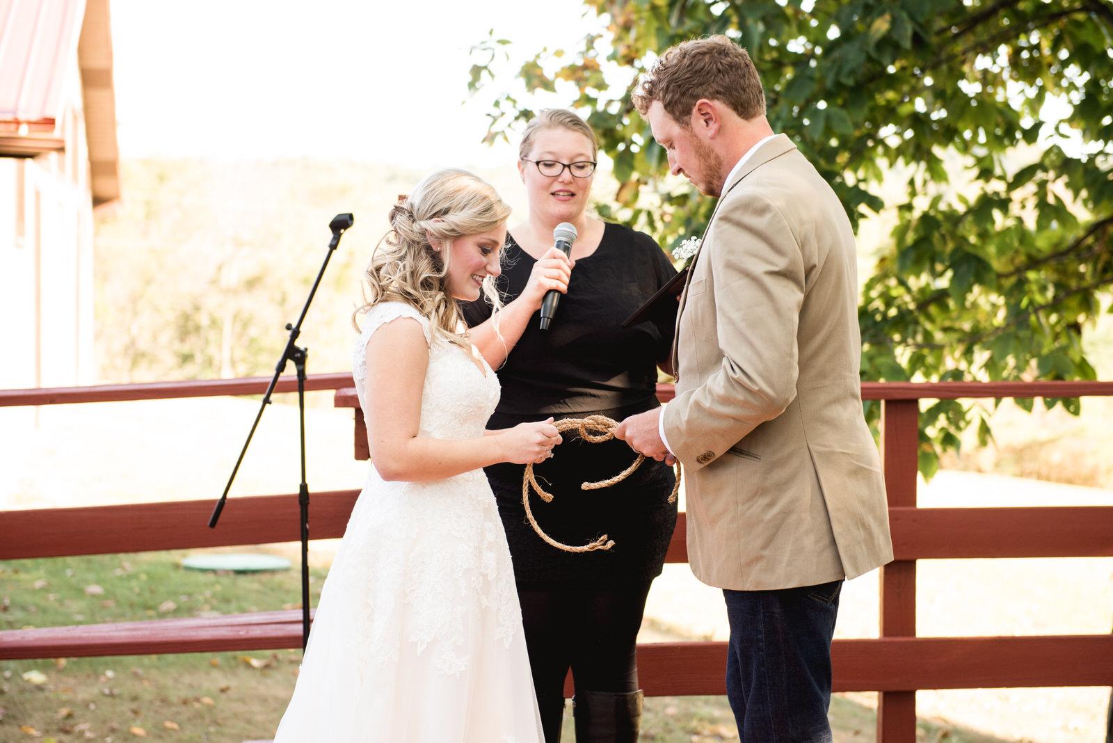 wedding_at_red_fox_winery_wedding_photographer019.jpg