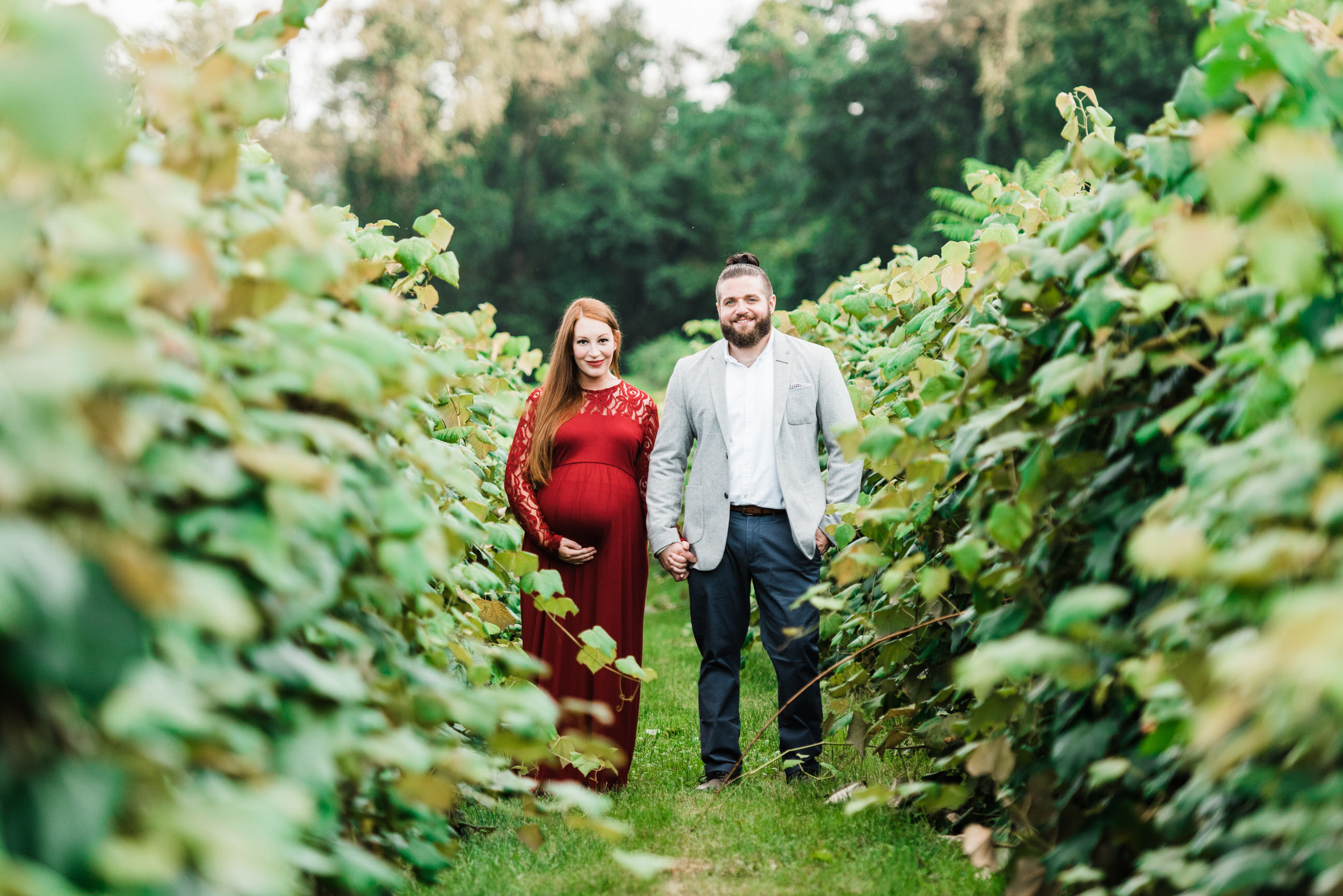 pittsburgh-maternity-photographers-winery-apple-orchard-session_41.jpg