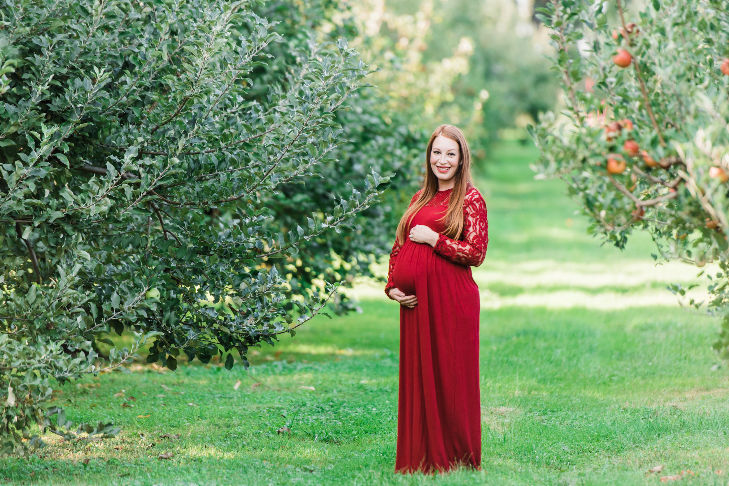 pittsburgh-maternity-photographers-winery-apple-orchard-session_26.jpg
