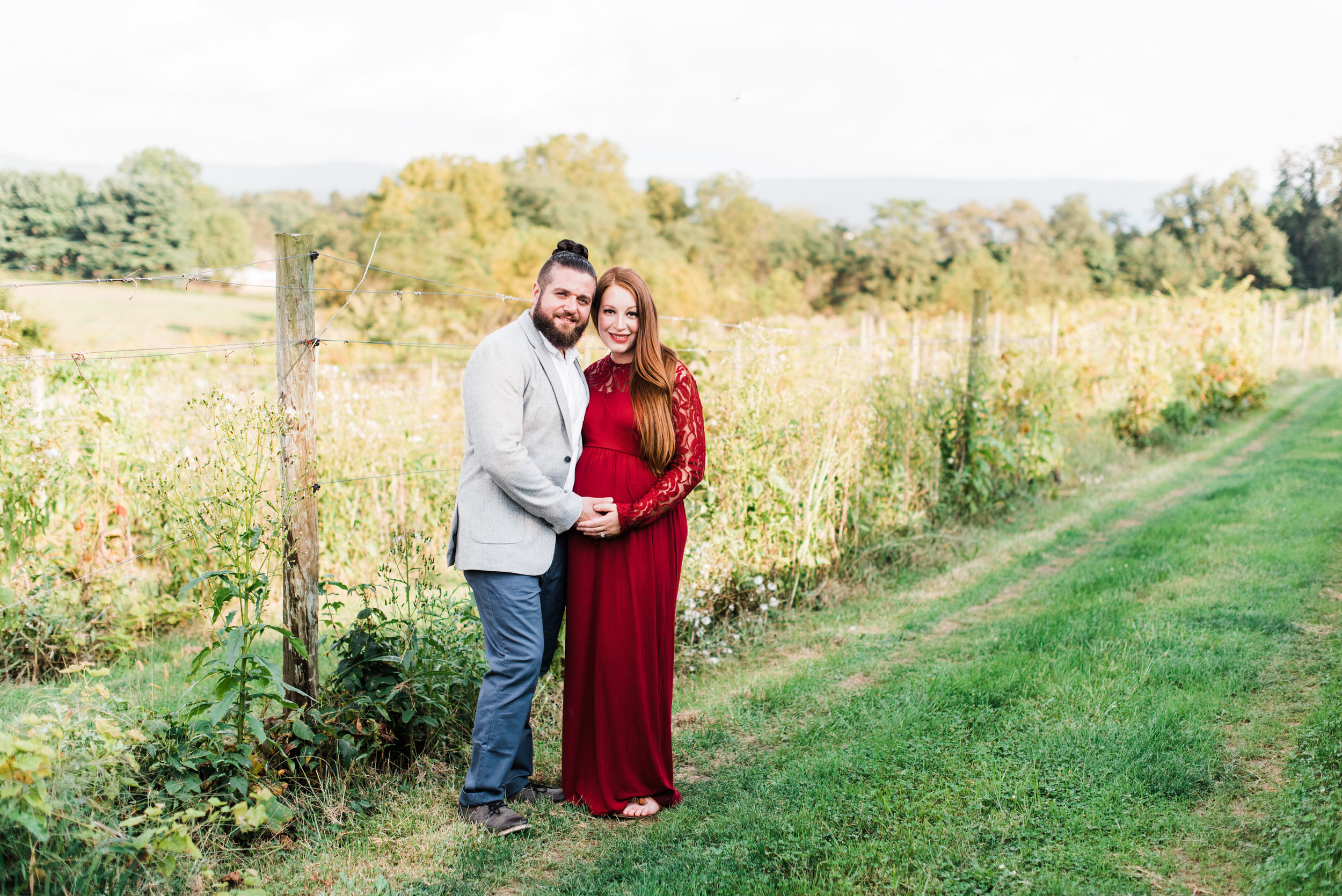 pittsburgh-maternity-photographers-winery-apple-orchard-session_9.jpg
