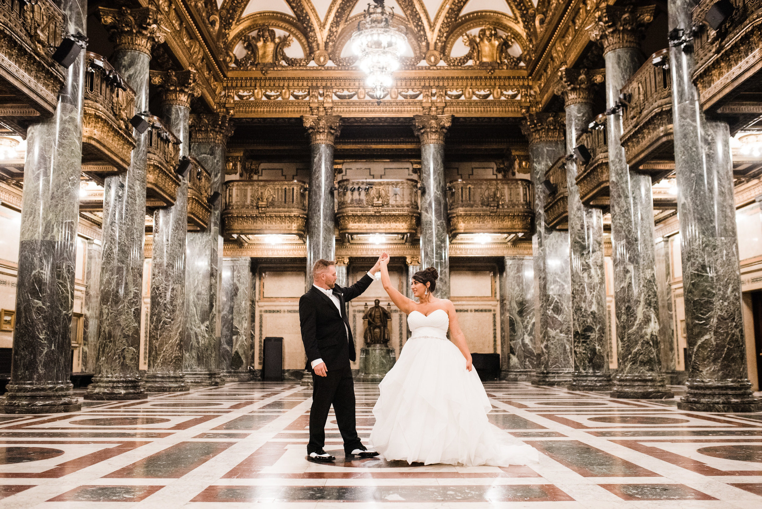 Carnegie-Museum-Weddings-Pittsburgh-Ashley-Reed-Photography-5.jpg