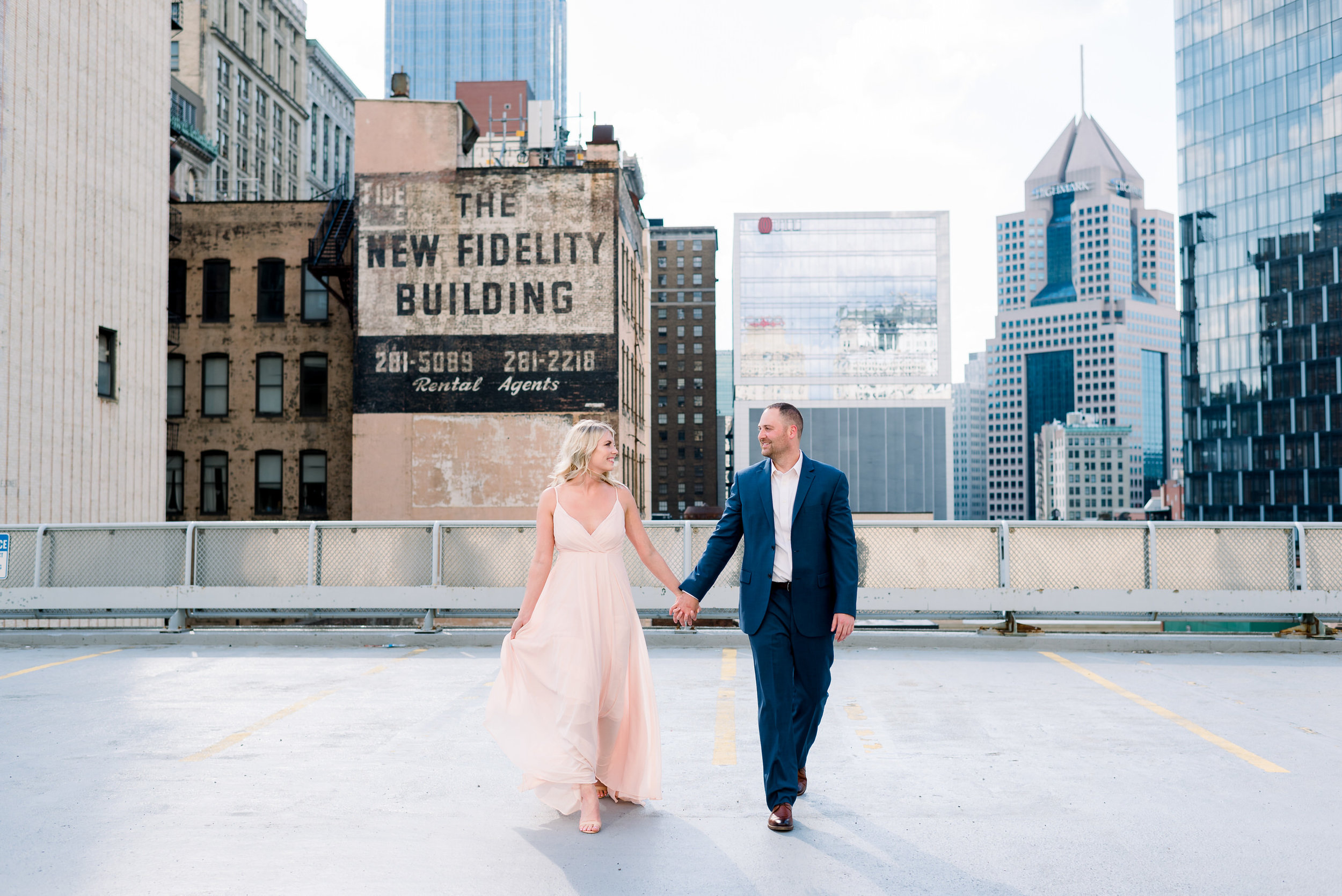 downtown-pittsburgh-rooftop-engagement-session-ashley-reed-photography8.jpg