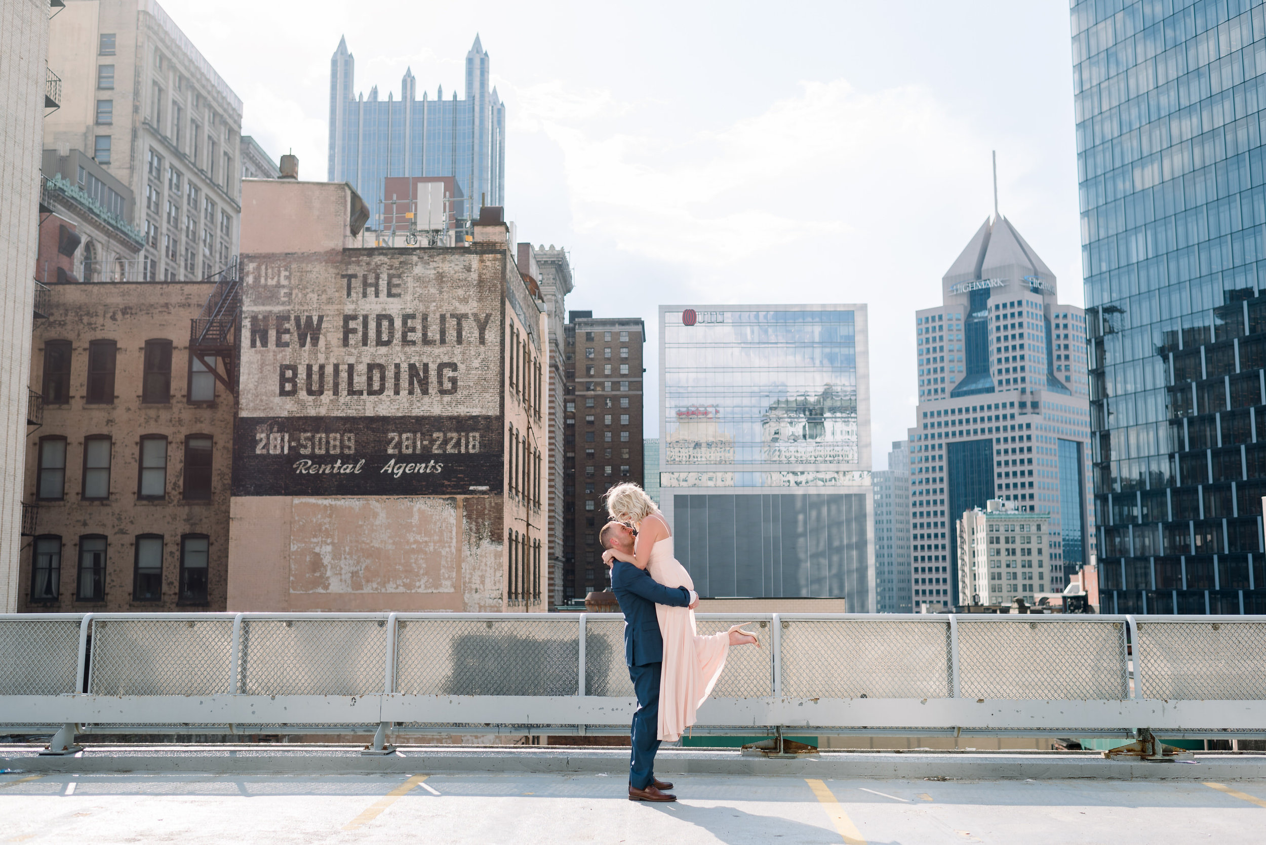 downtown-pittsburgh-rooftop-engagement-session-ashley-reed-photography18.jpg