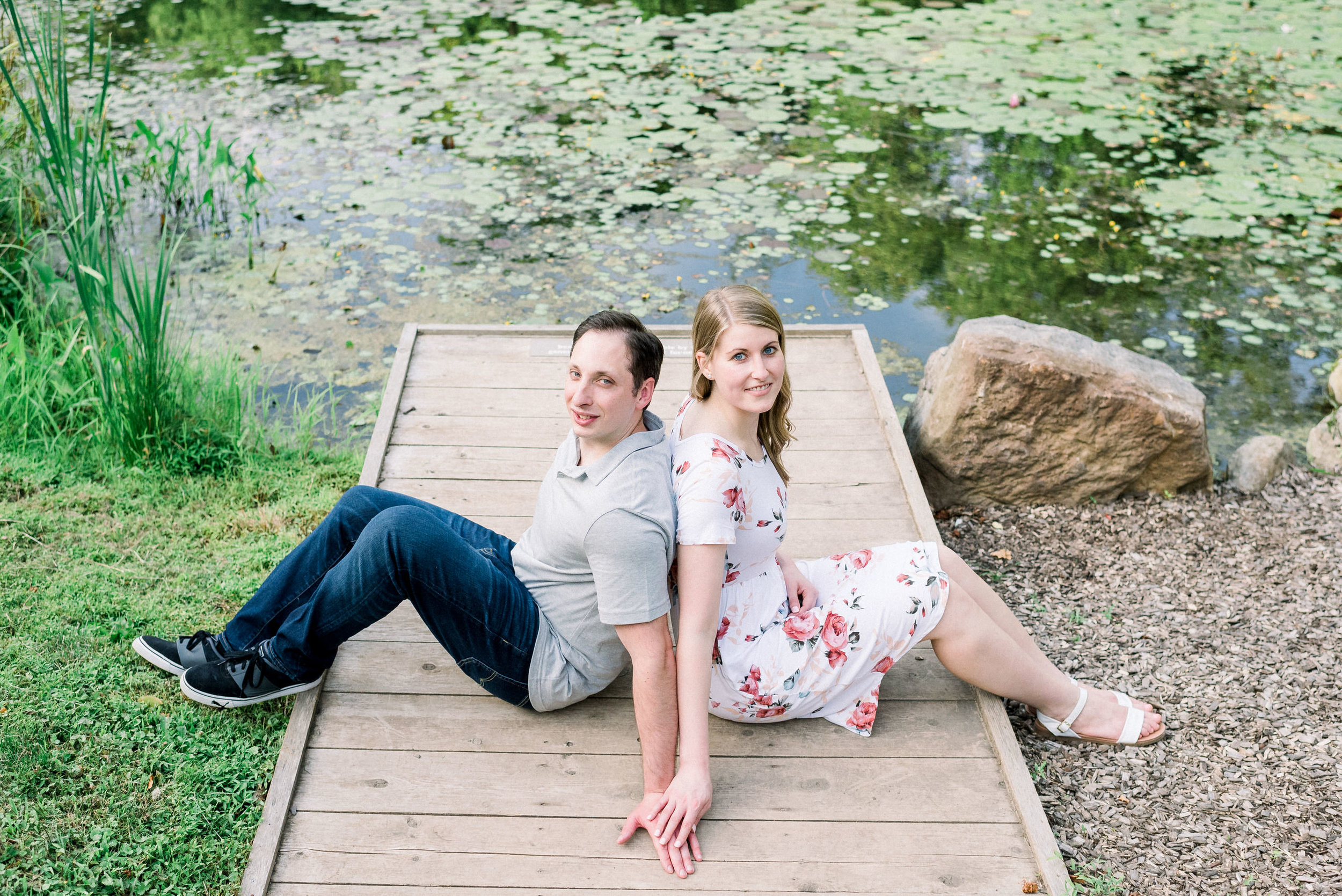 Pittsburgh-botanic-garden-engagement-session-ashley-reed-photography15.jpg