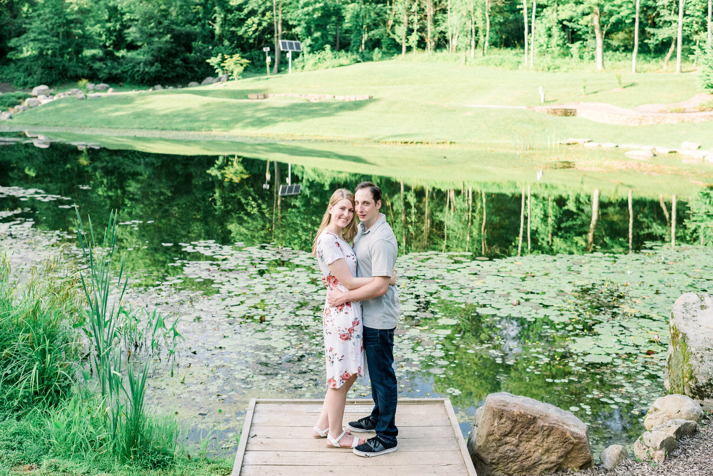 Pittsburgh-botanic-garden-engagement-session-ashley-reed-photography14.jpg
