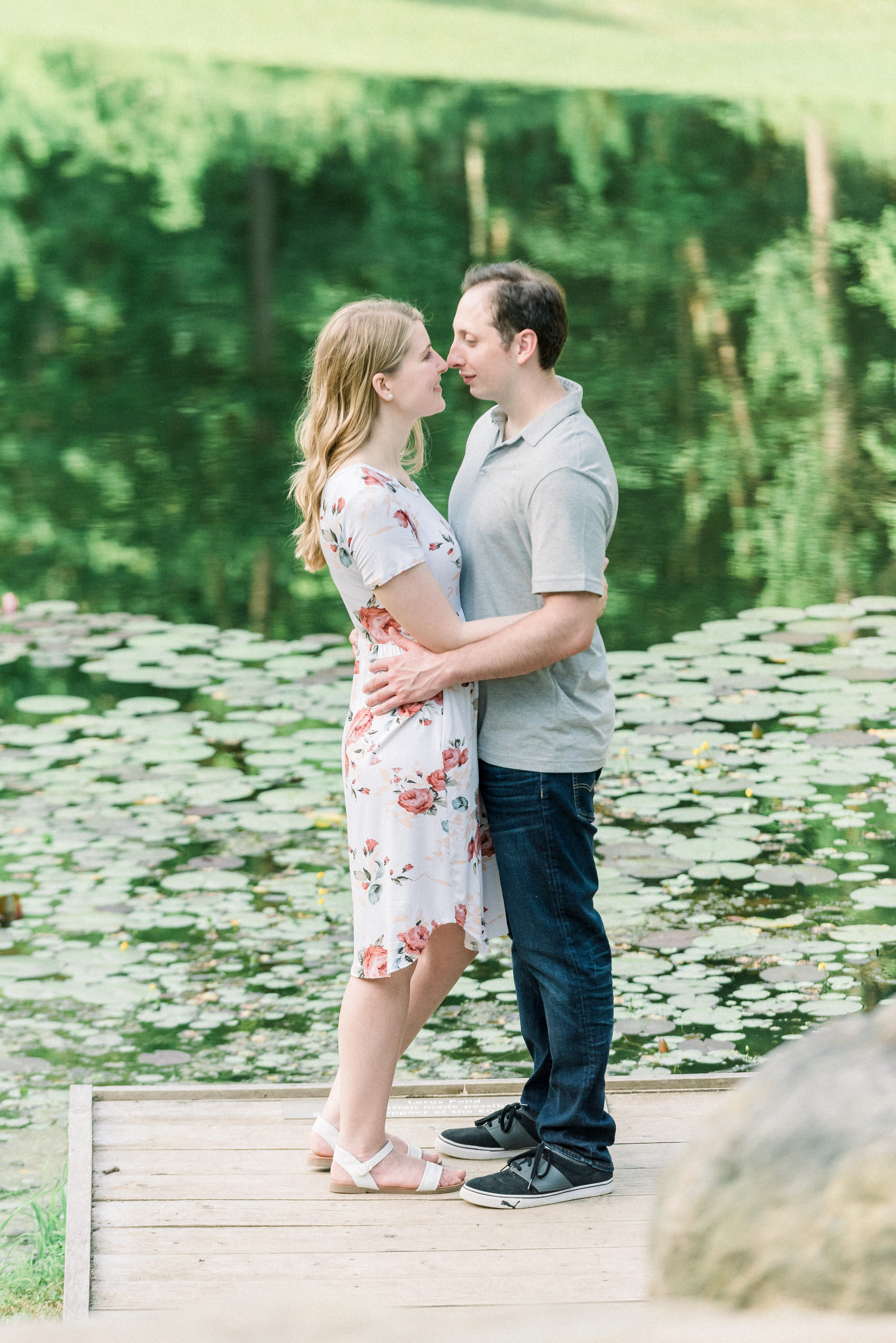 Pittsburgh-botanic-garden-engagement-session-ashley-reed-photography24.jpg