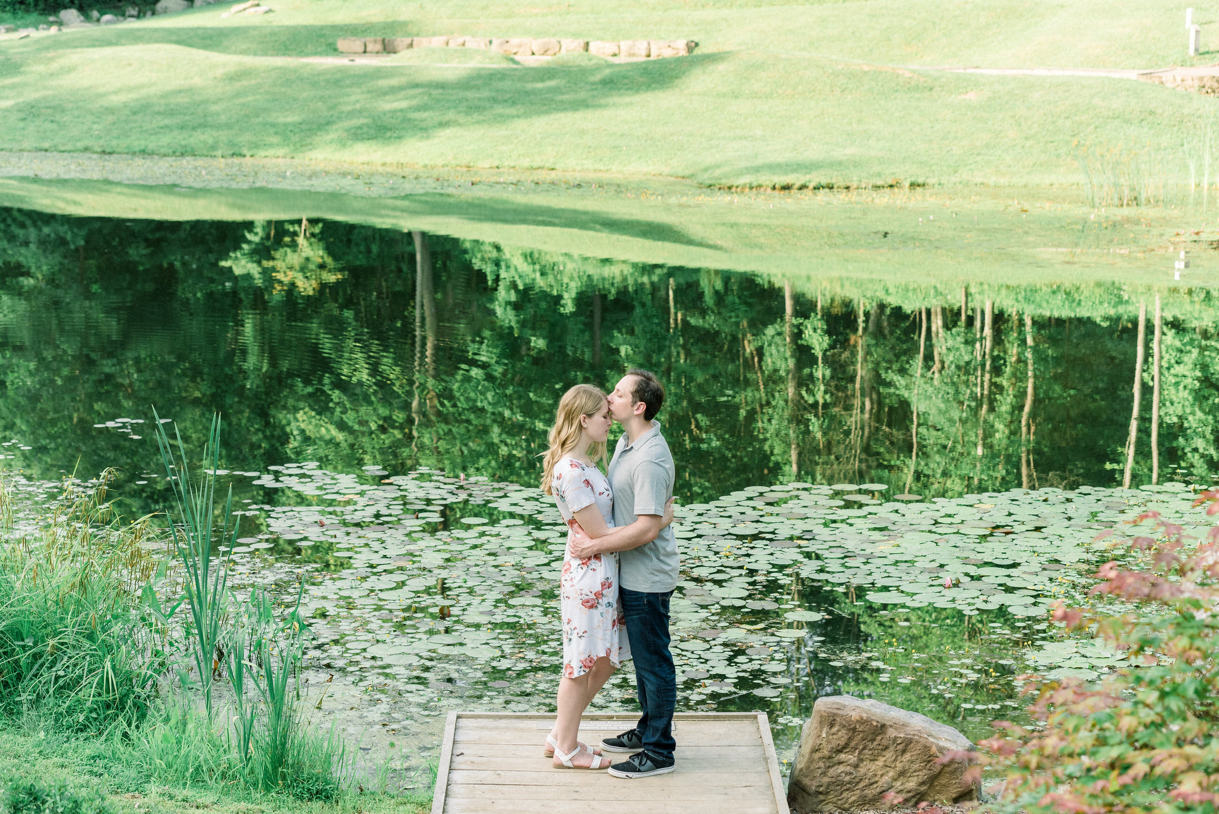 Pittsburgh-botanic-garden-engagement-session-ashley-reed-photography25.jpg