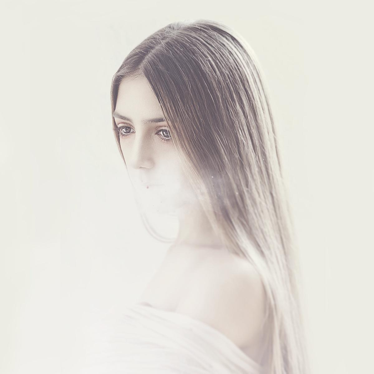 Mikeila Borgia,  Twin Pain