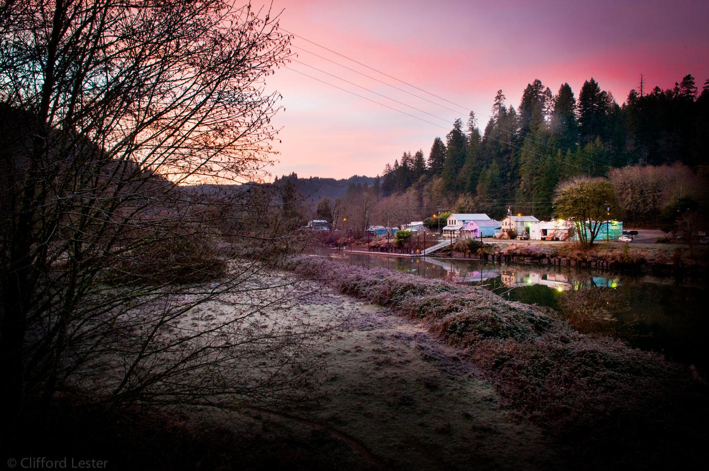 Rogue River   Oregon Sunrise