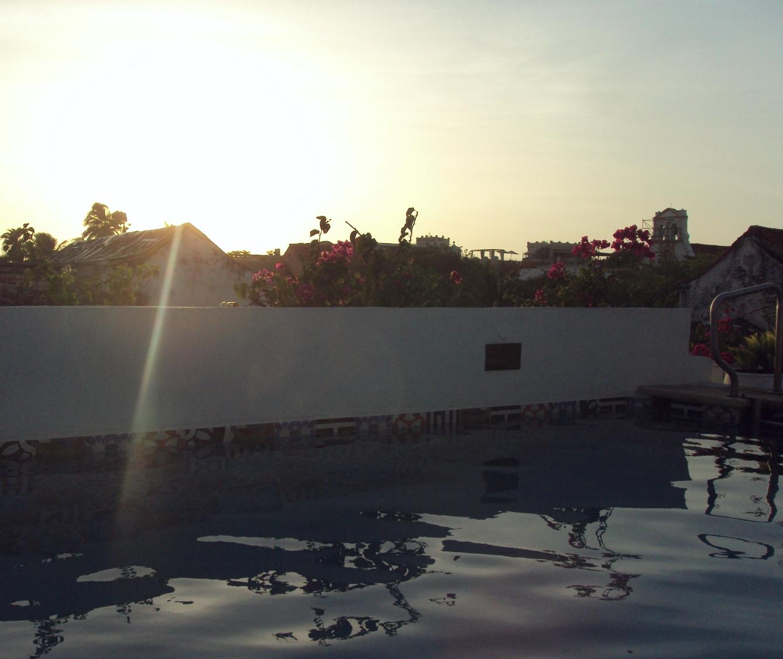 Rooftop pool at Hotel Bantu