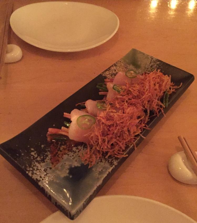 Spicy yellowtail sashimi with crispy potato flakes