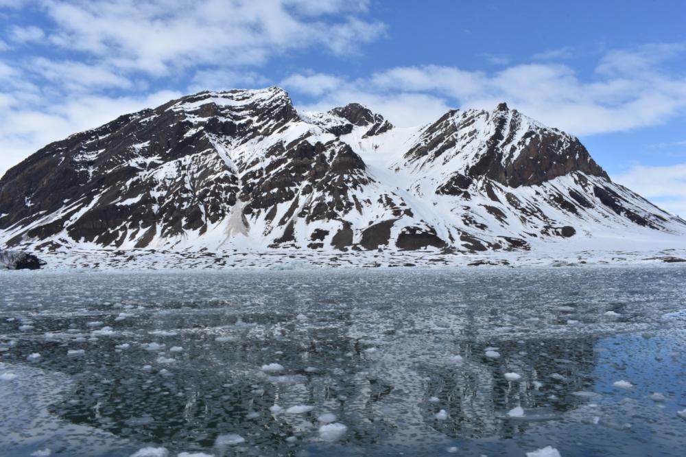 Svalbard-high-arctic-circle