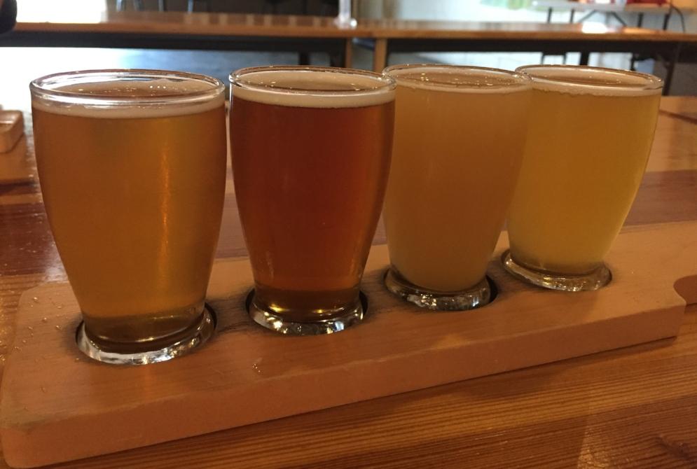 flight of craft beer in nashville
