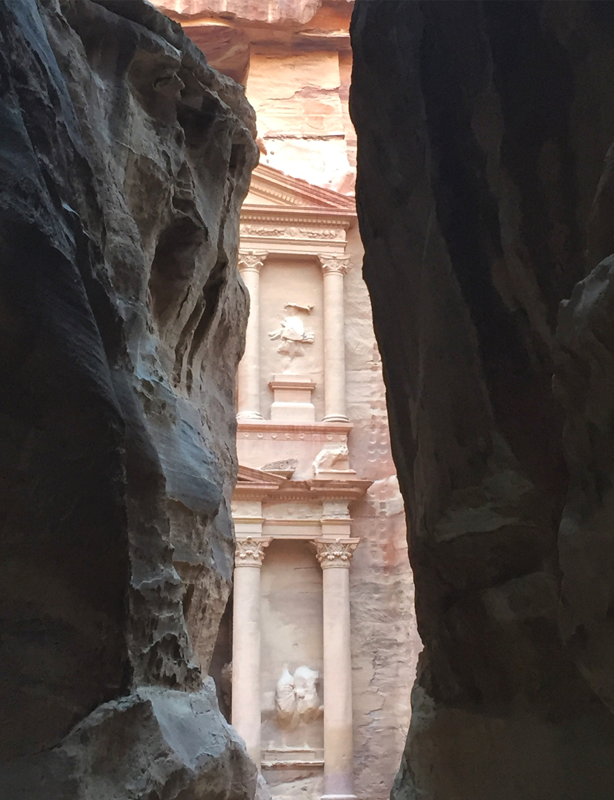 The first glimpse of the Treasury from the Siq