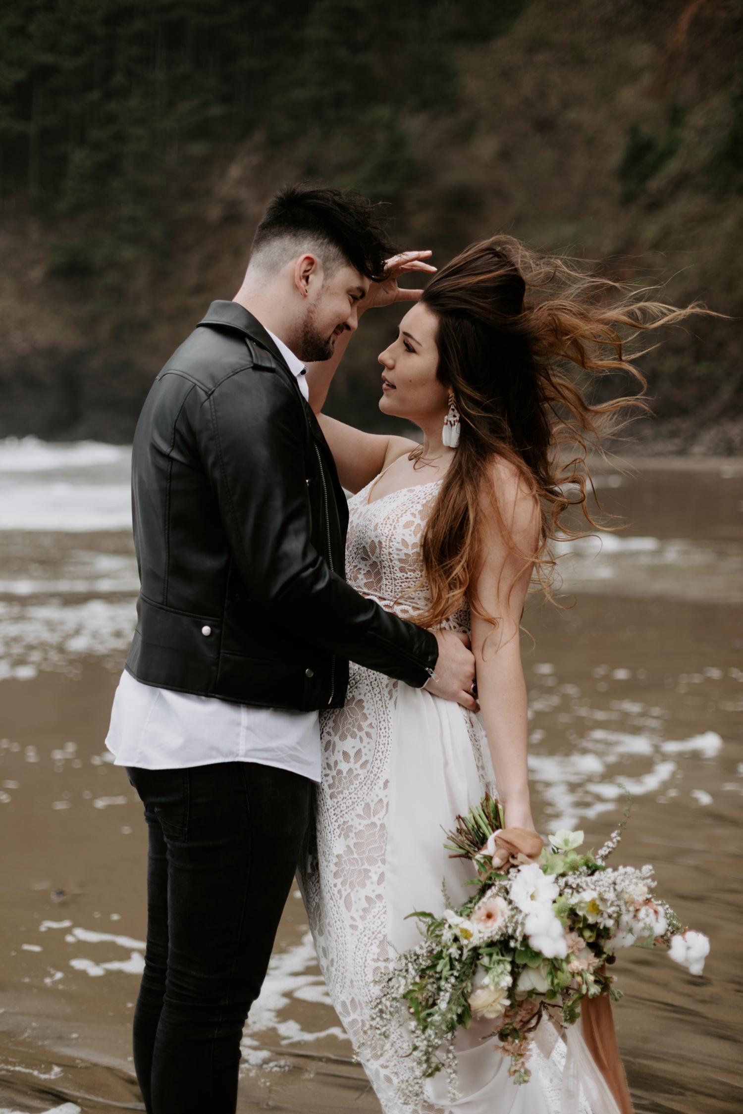 intimate-oregon-coast-elopement-2018-04-26_0005.jpg