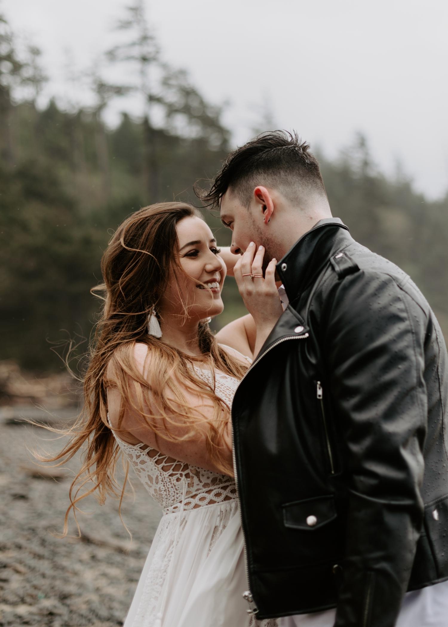 intimate-oregon-coast-elopement-2018-04-26_0014.jpg