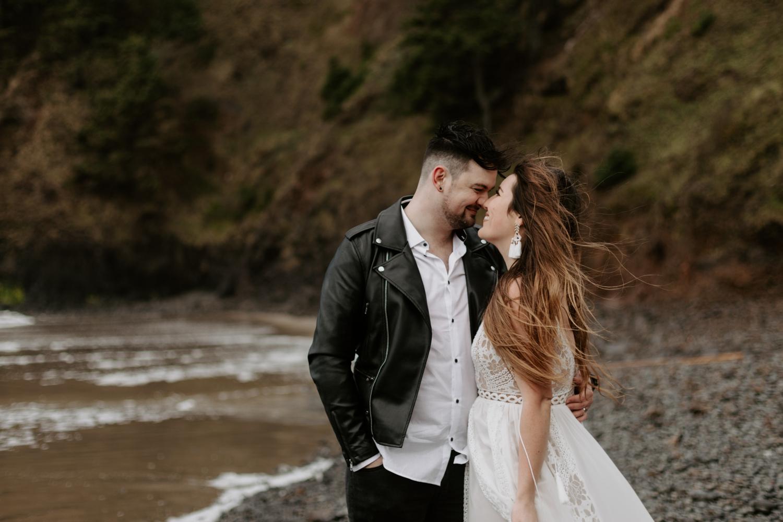 intimate-oregon-coast-elopement-2018-04-26_0020.jpg