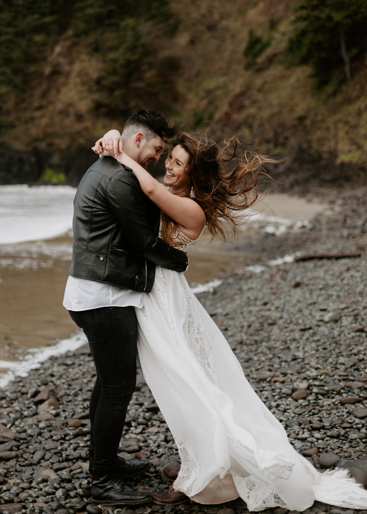 intimate-oregon-coast-elopement-2018-04-26_0021.jpg