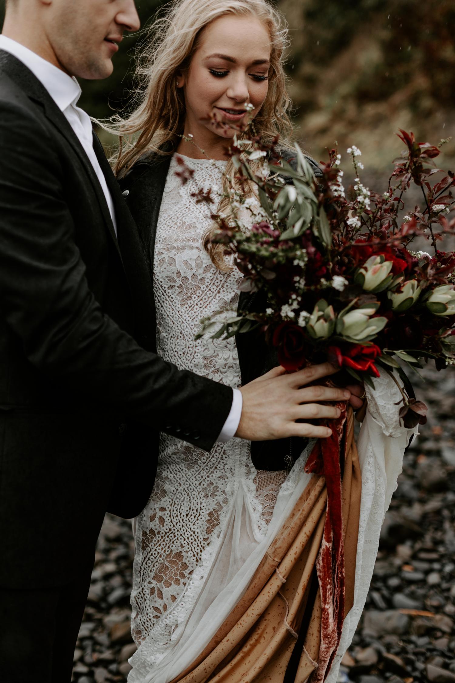 adventurous-oregon-elopement-2018-05-02_0016.jpg