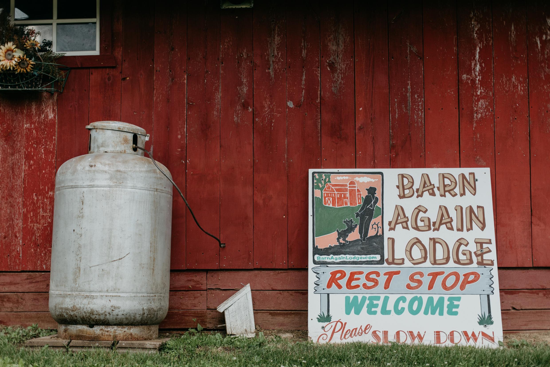 barn-again-lodge-wedding-2018-06-25_0031.jpg